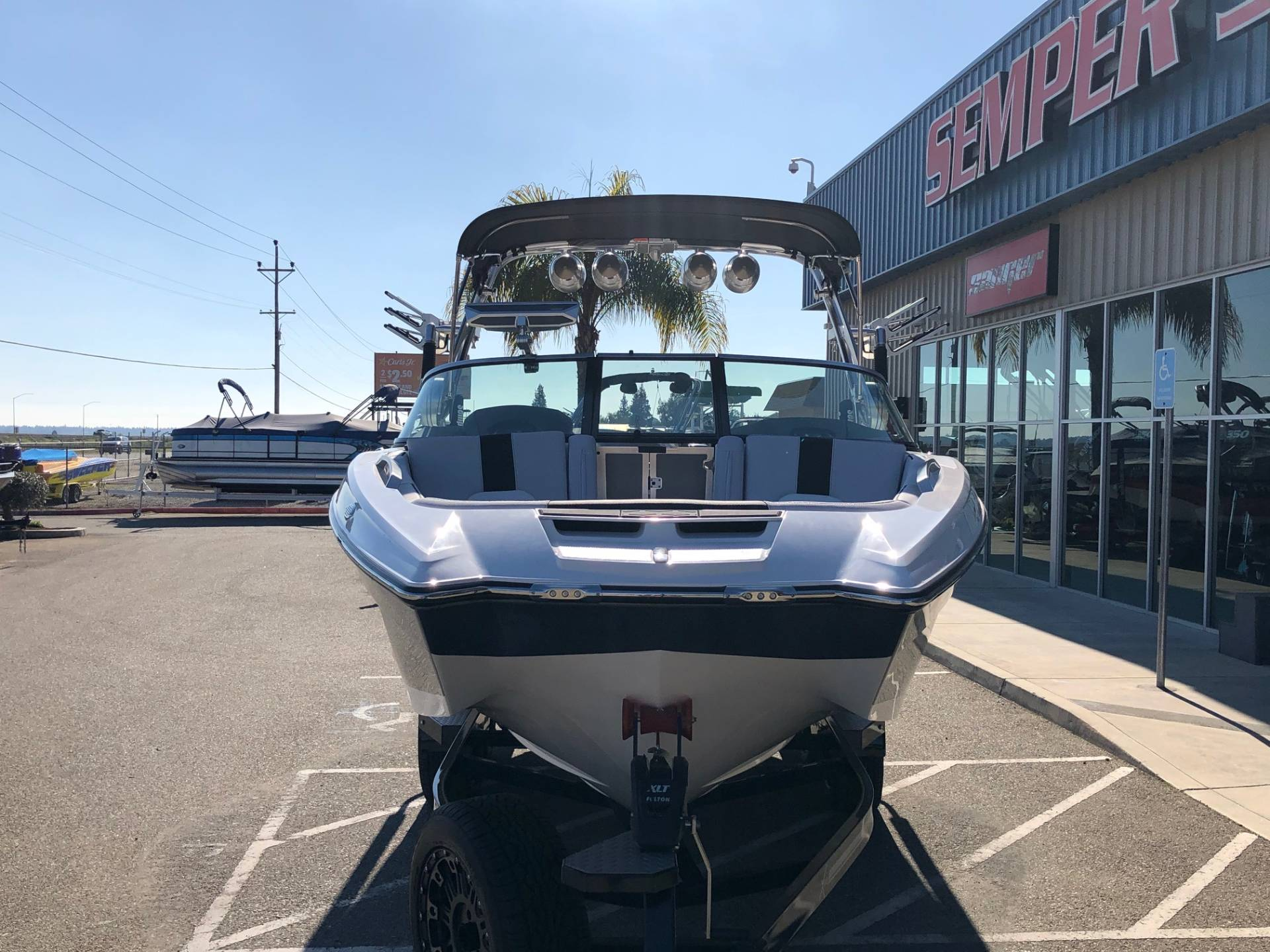 2020 Mastercraft X22 in Madera, California - Photo 3