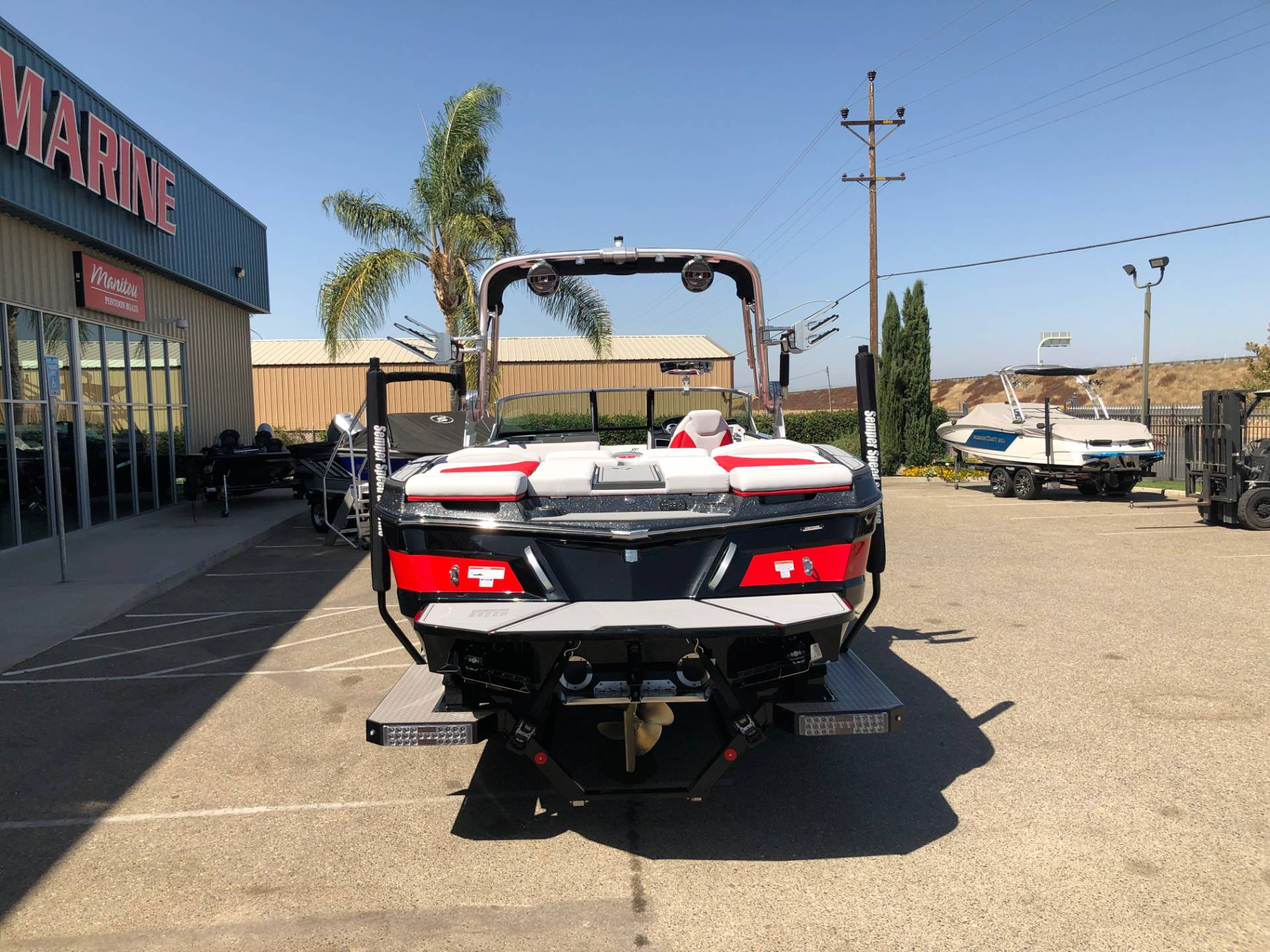 2020 Mastercraft XT25 in Madera, California - Photo 4