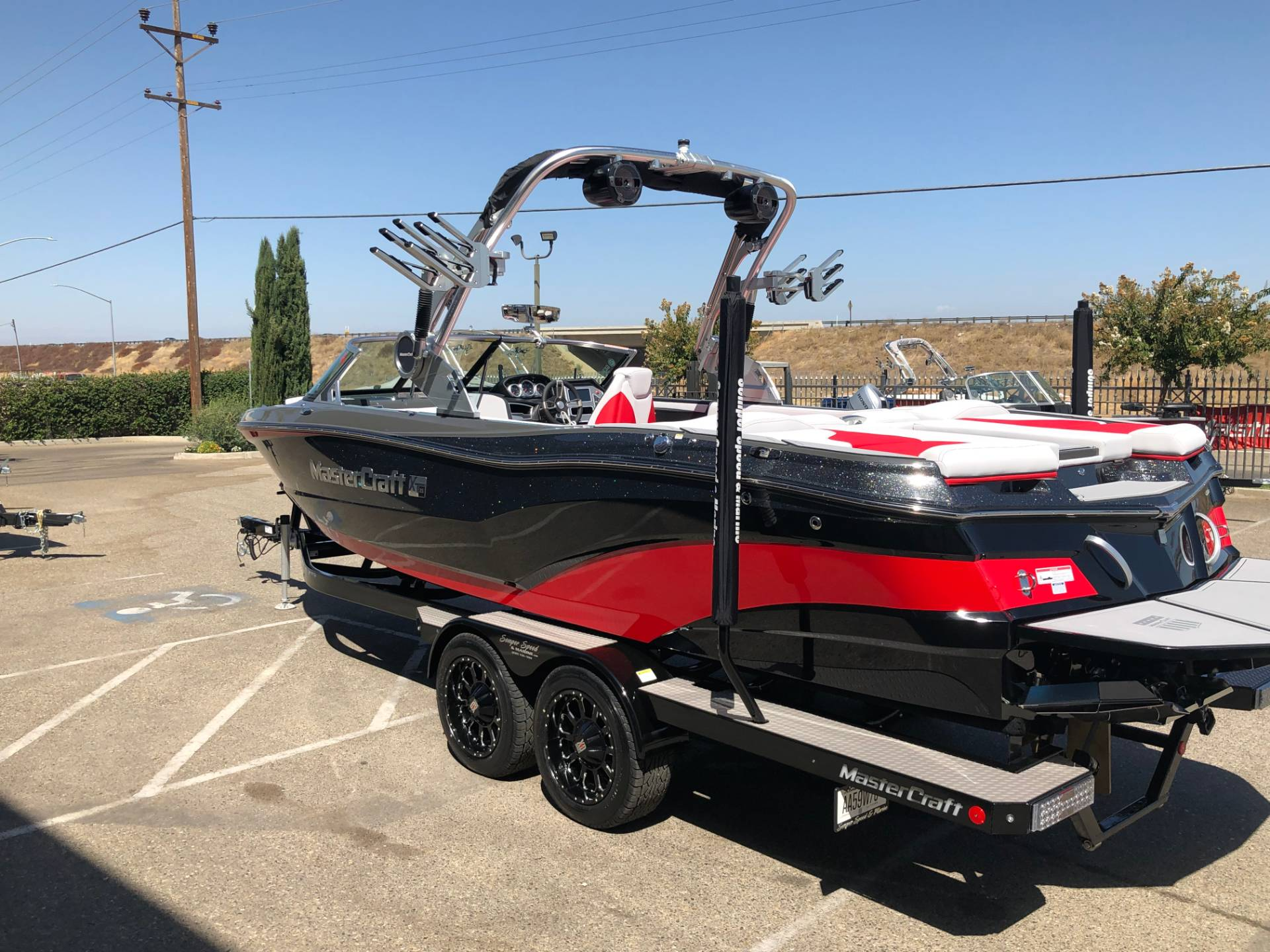 2020 Mastercraft XT25 in Madera, California - Photo 5