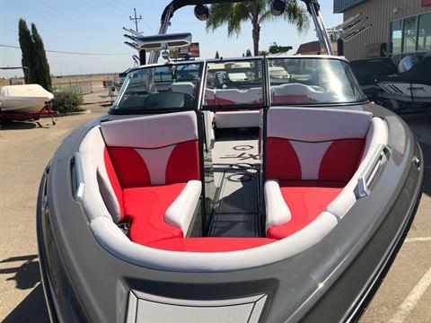 2020 Mastercraft XT25 in Madera, California - Photo 8