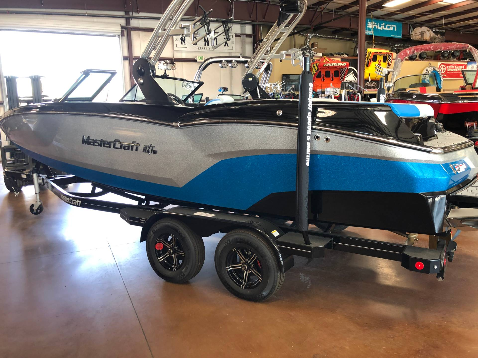 2020 Mastercraft NXT22 in Madera, California - Photo 3