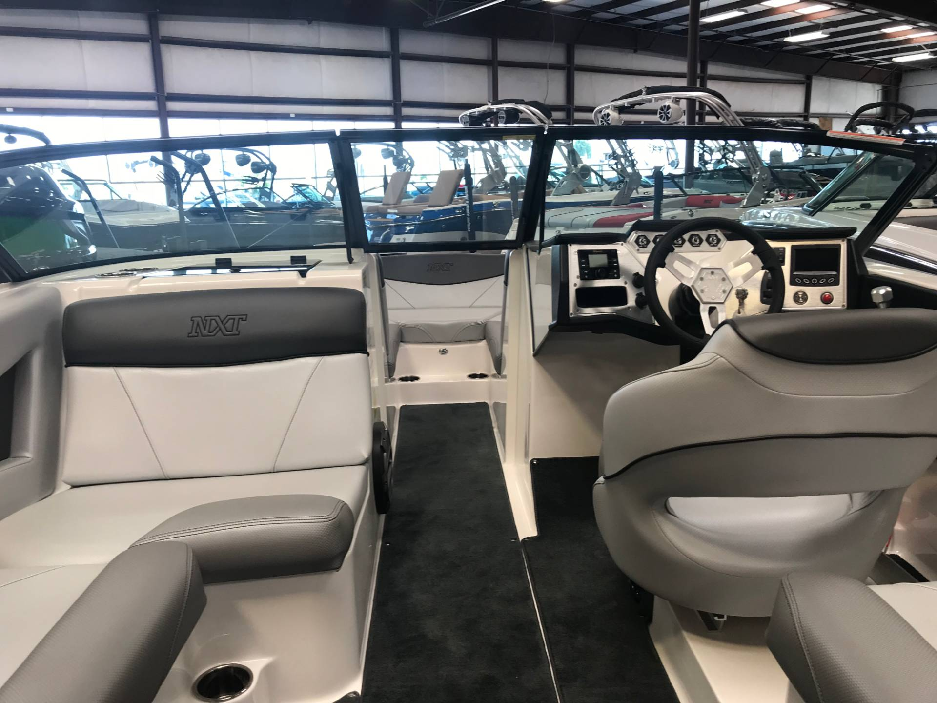 2019 Mastercraft NXT22 in Madera, California - Photo 10