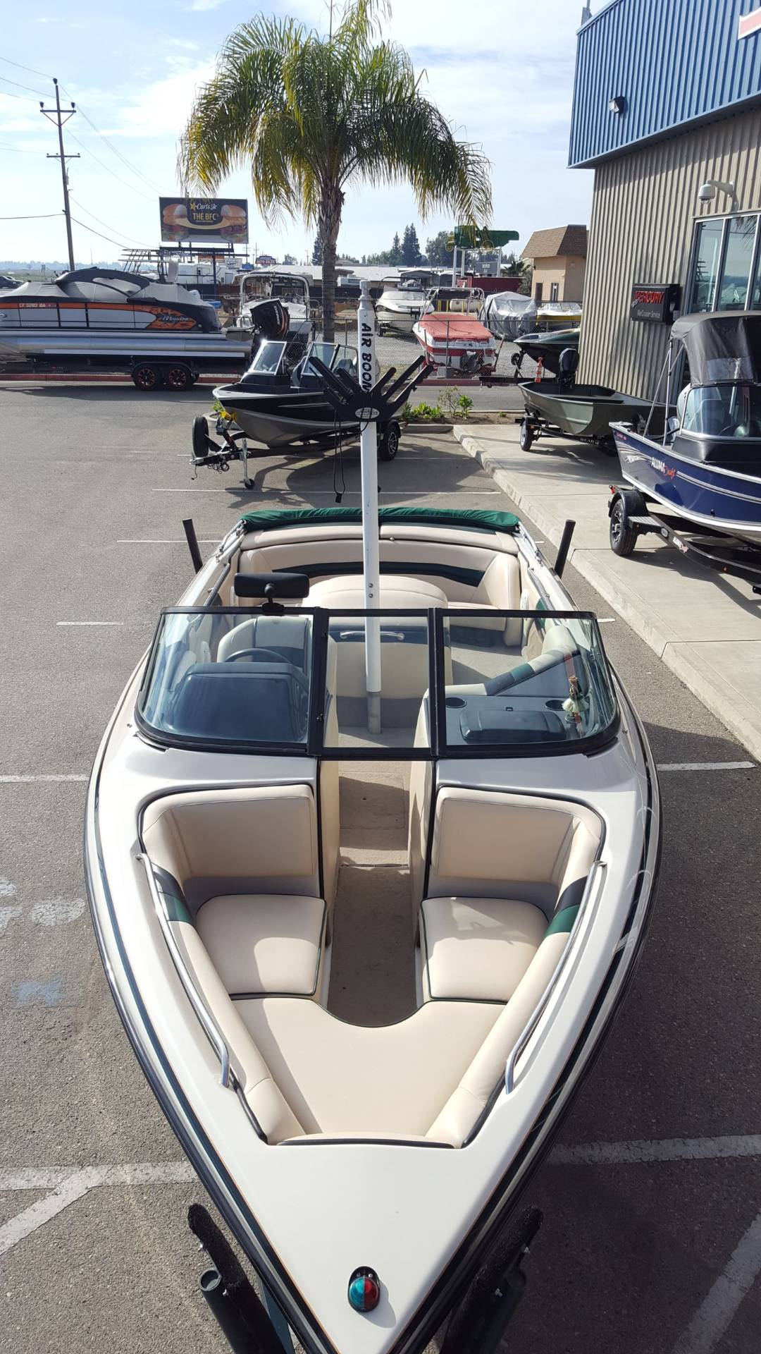 1998 Sanger Boats DLX in Madera, California - Photo 9
