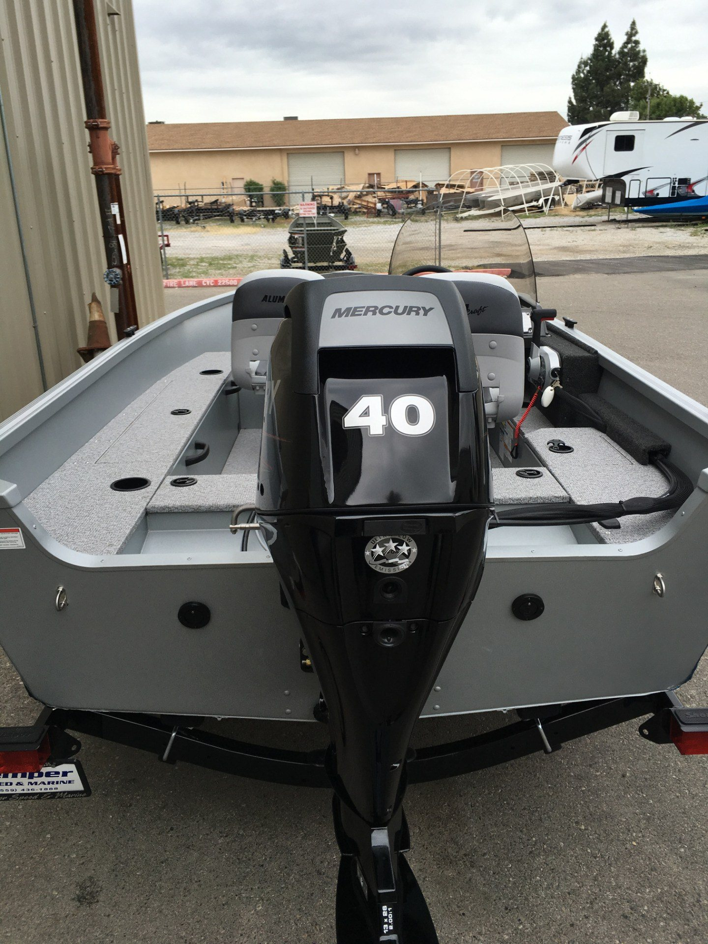 2016 Alumacraft Escape 145 CS in Madera, California