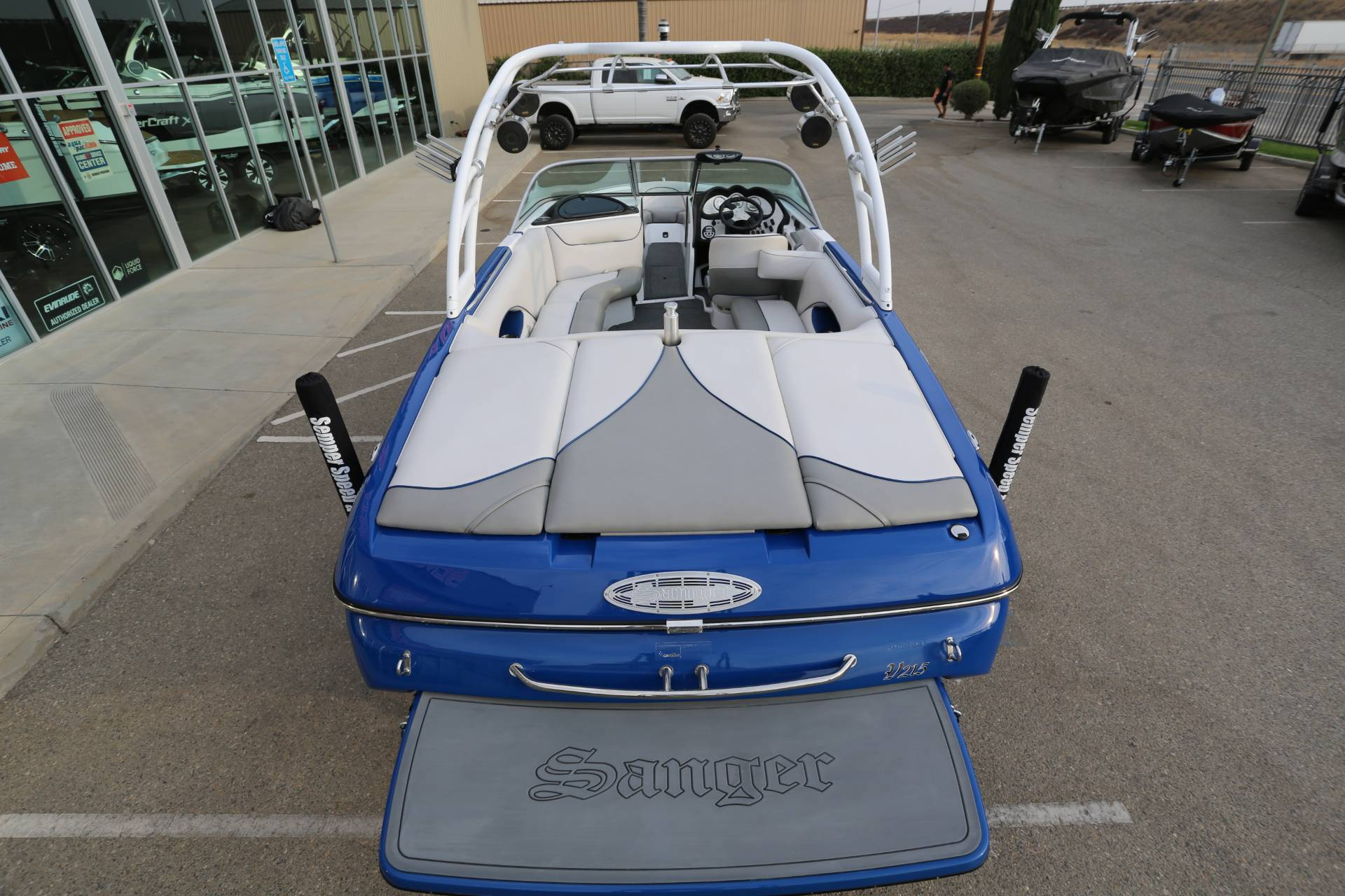 2013 Sanger Boats V215 S in Madera, California - Photo 8