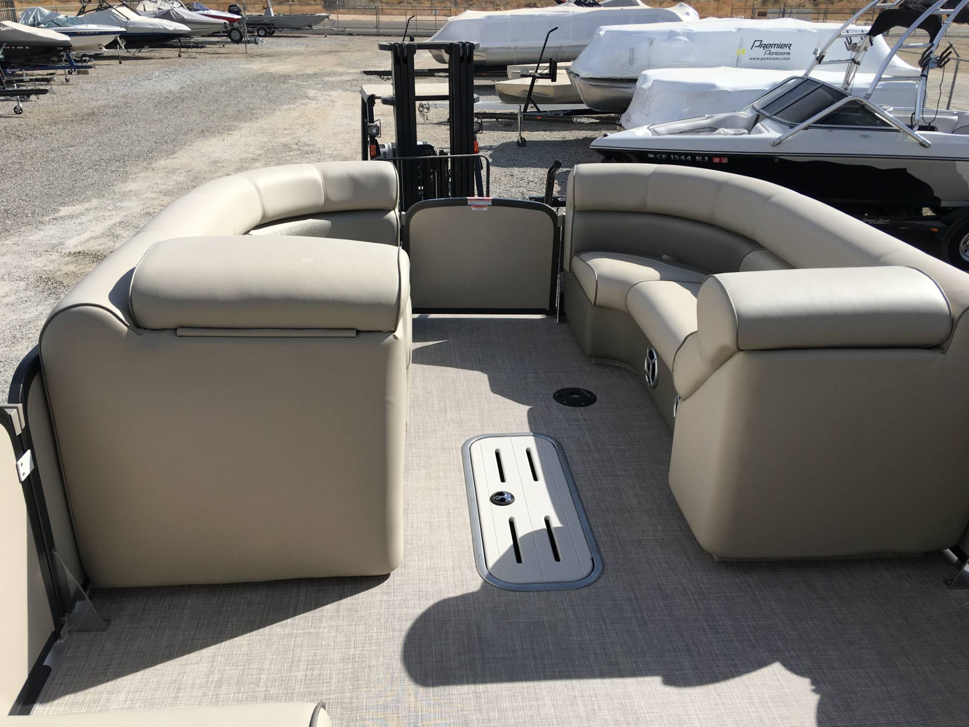 2017 Premier Upper Deck with Slide in Madera, California