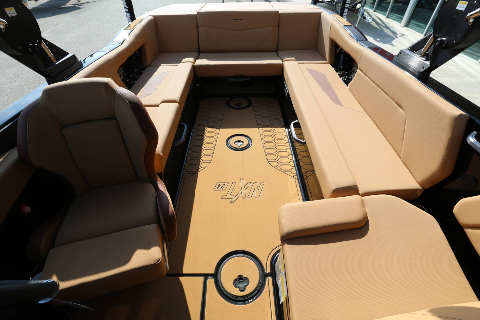 2021 Mastercraft NXT 24 in Madera, California - Photo 24