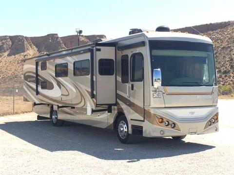 2013 Fleetwood Expedition M-38B in Madera, California