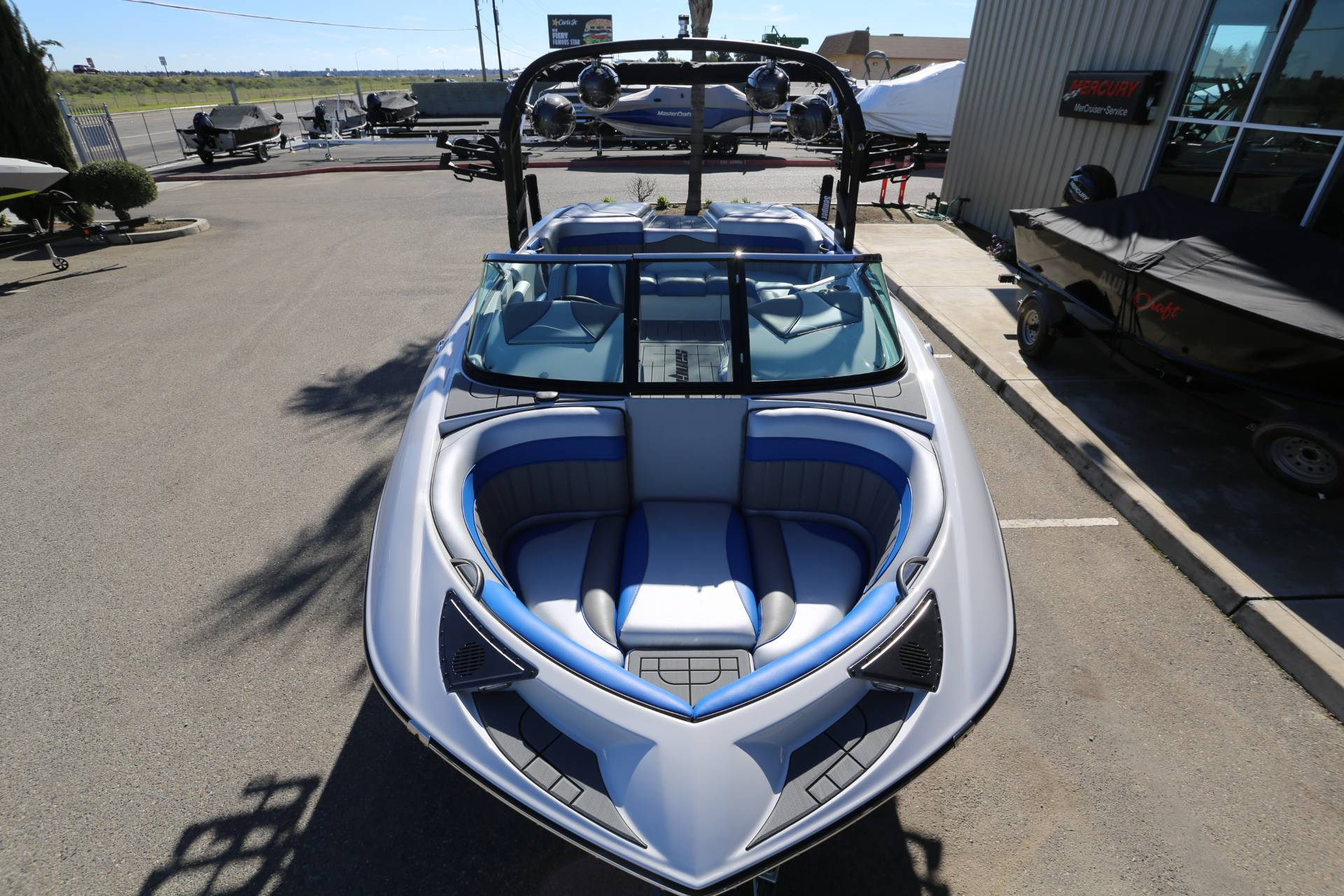 2021 Sanger Boats 212 SL in Madera, California - Photo 2