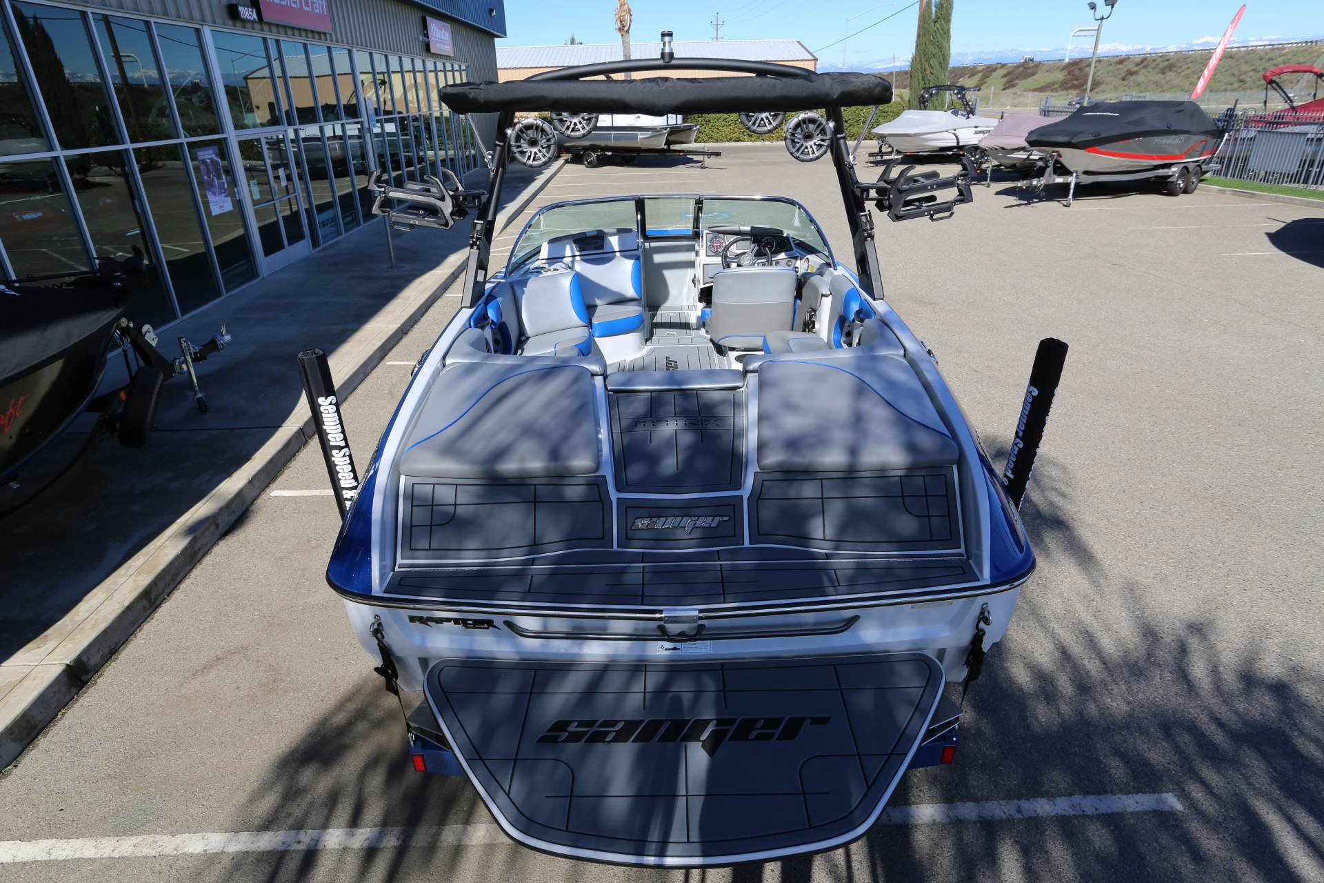 2021 Sanger Boats 212 SL in Madera, California - Photo 6