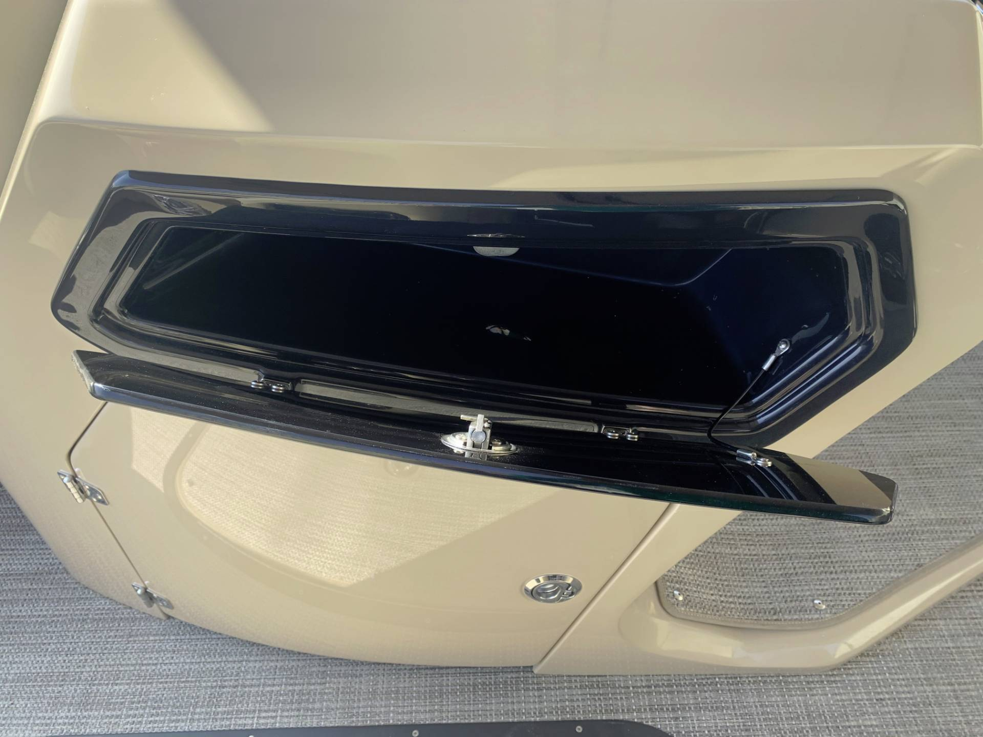 2021 Manitou 25 SES Bench in Madera, California - Photo 22