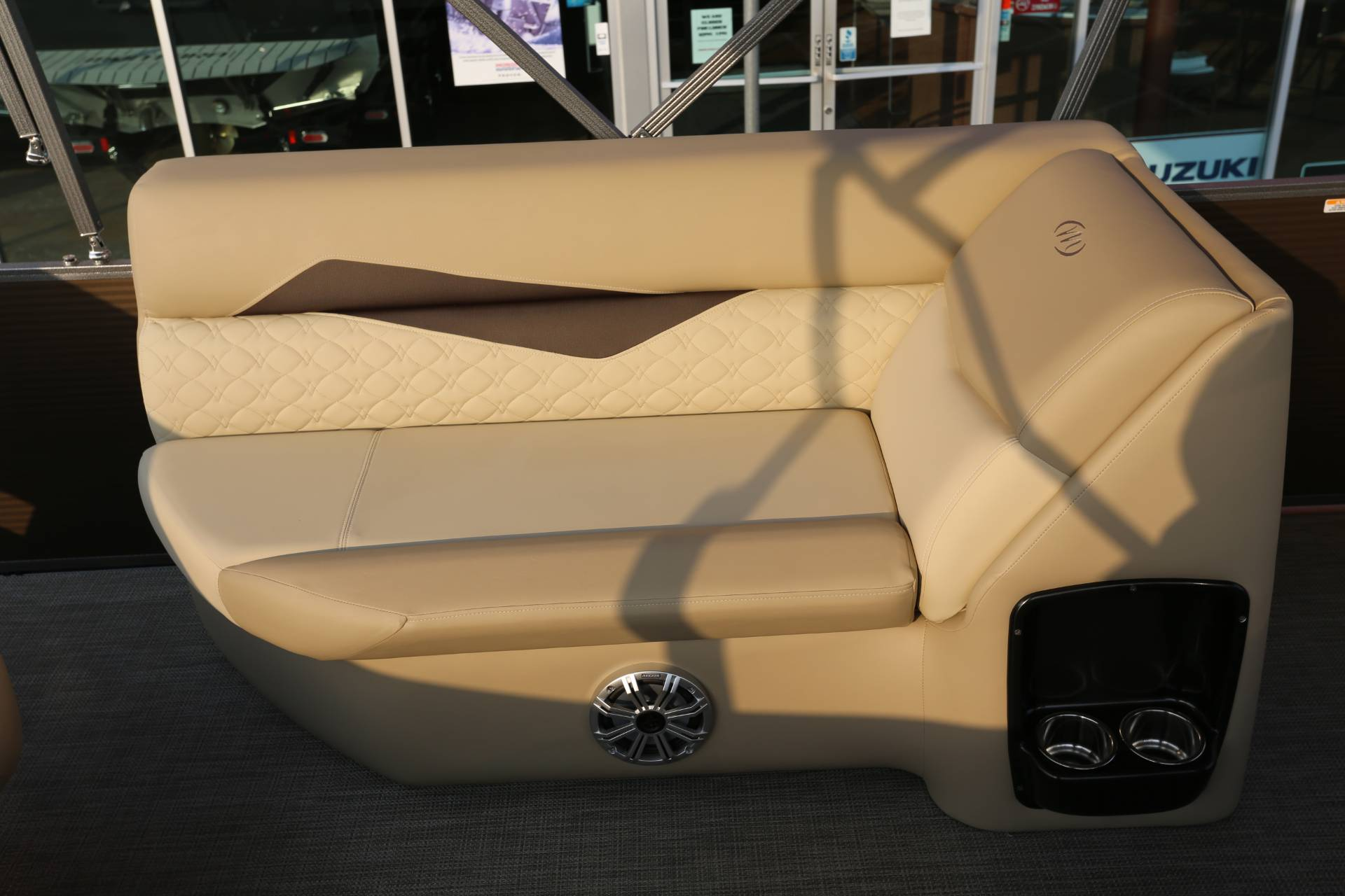 2021 Manitou 25 SES Bench in Madera, California - Photo 13