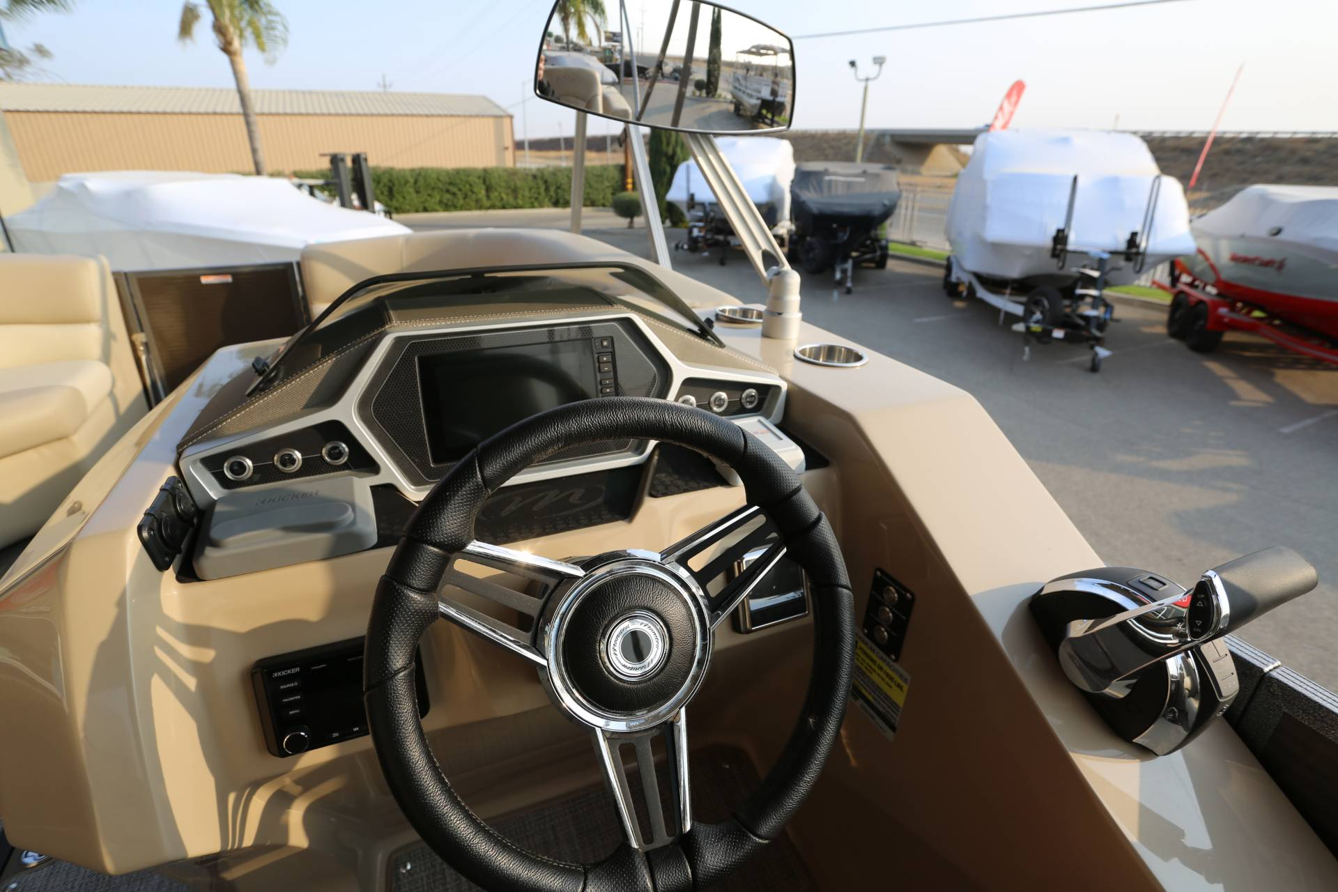 2021 Manitou 25 SES Bench in Madera, California - Photo 16