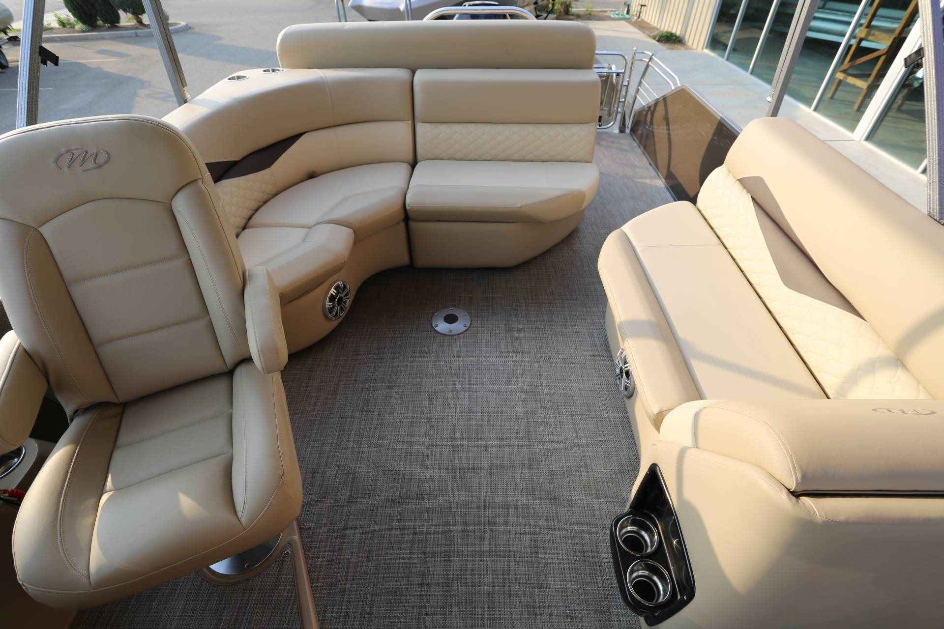 2021 Manitou 25 SES Bench in Madera, California - Photo 29