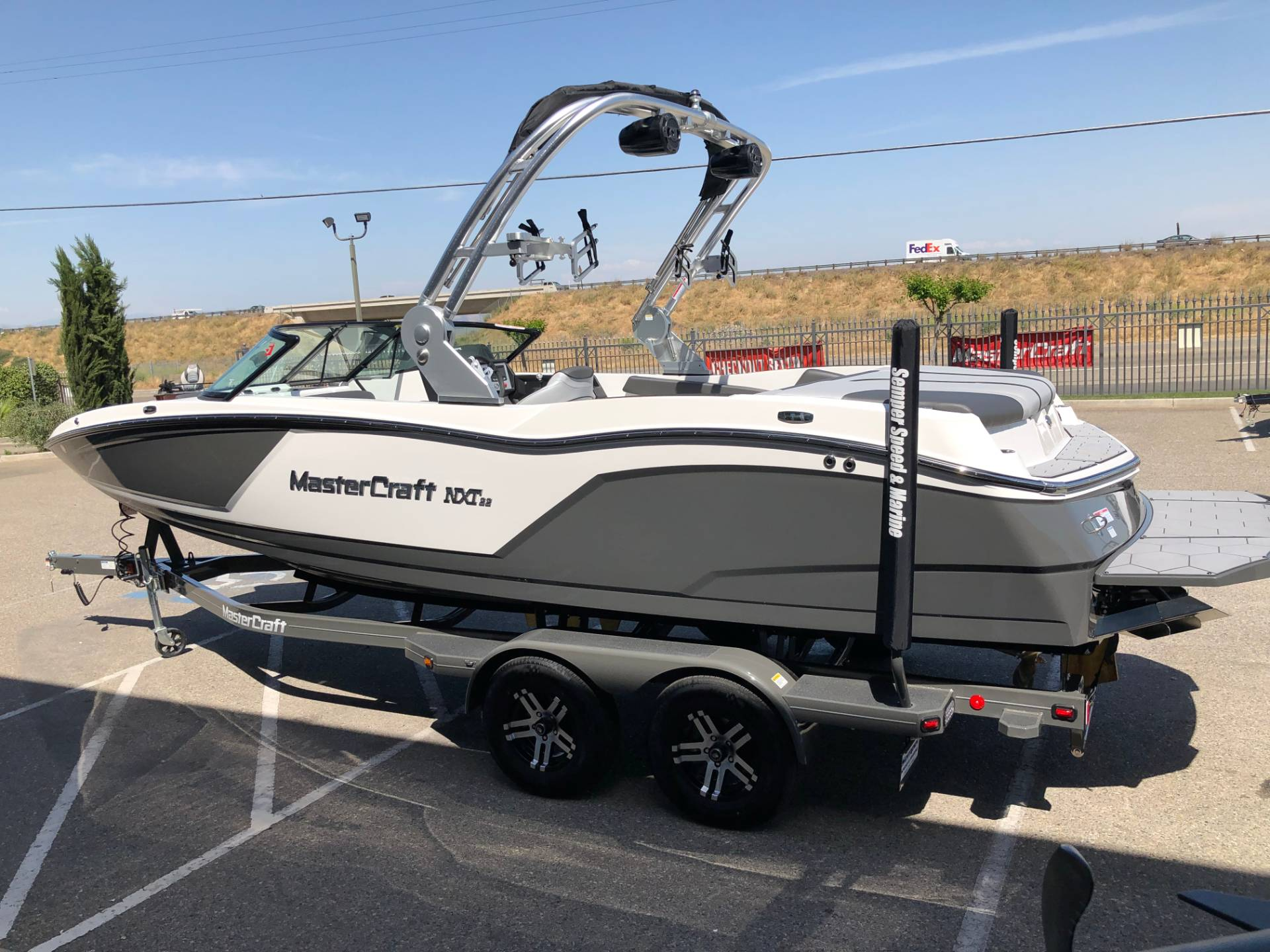 2019 Mastercraft NXT22 in Madera, California - Photo 2