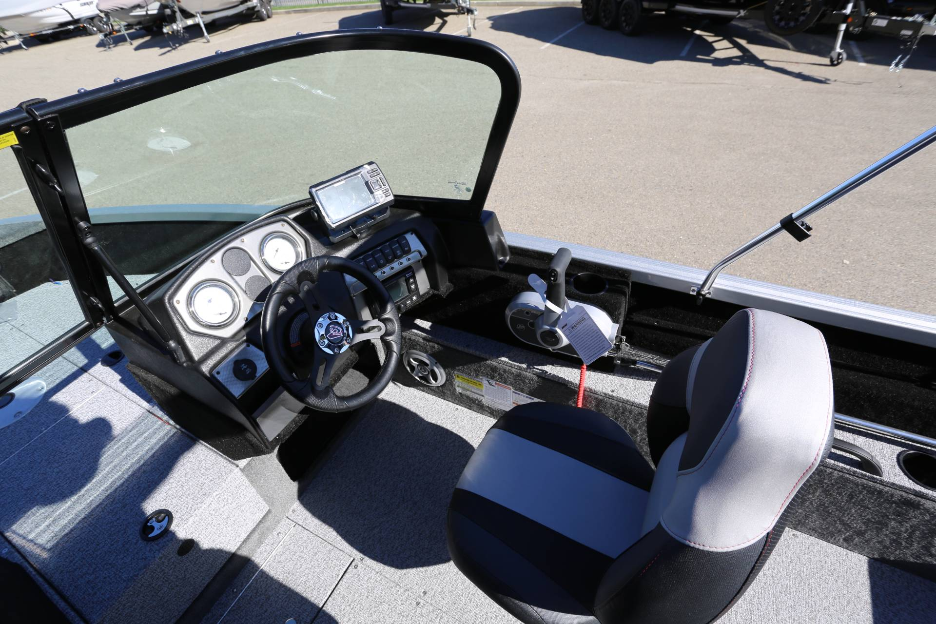 2021 Alumacraft Competitor 165 Sport in Madera, California - Photo 14