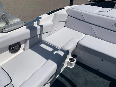 2019 Mastercraft NXT22 in Madera, California - Photo 9