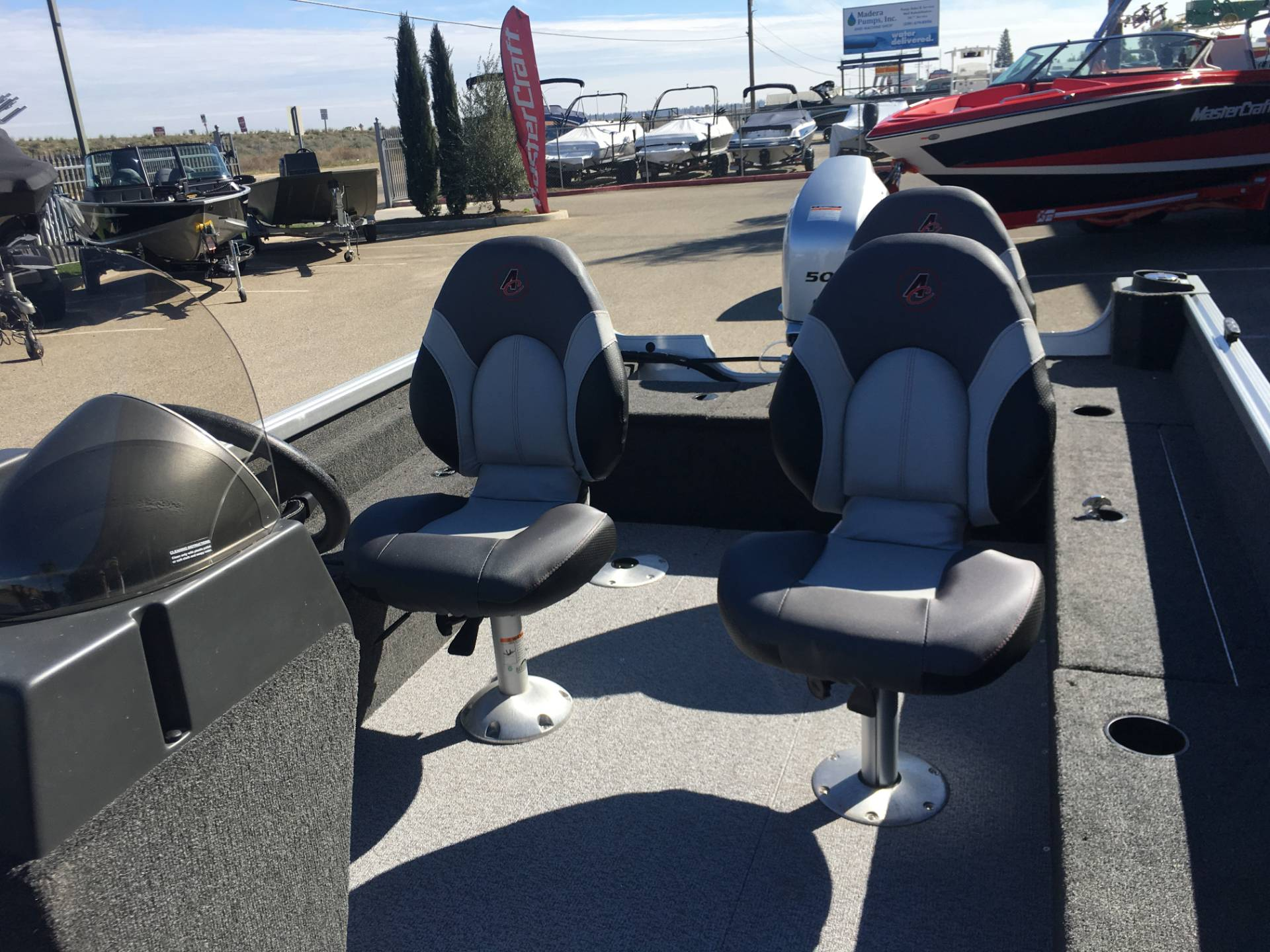 2018 Alumacraft CLASSIC 165 CS in Madera, California