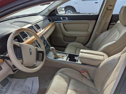 2010 LINCOLN MKS in Harrison, Michigan - Photo 5