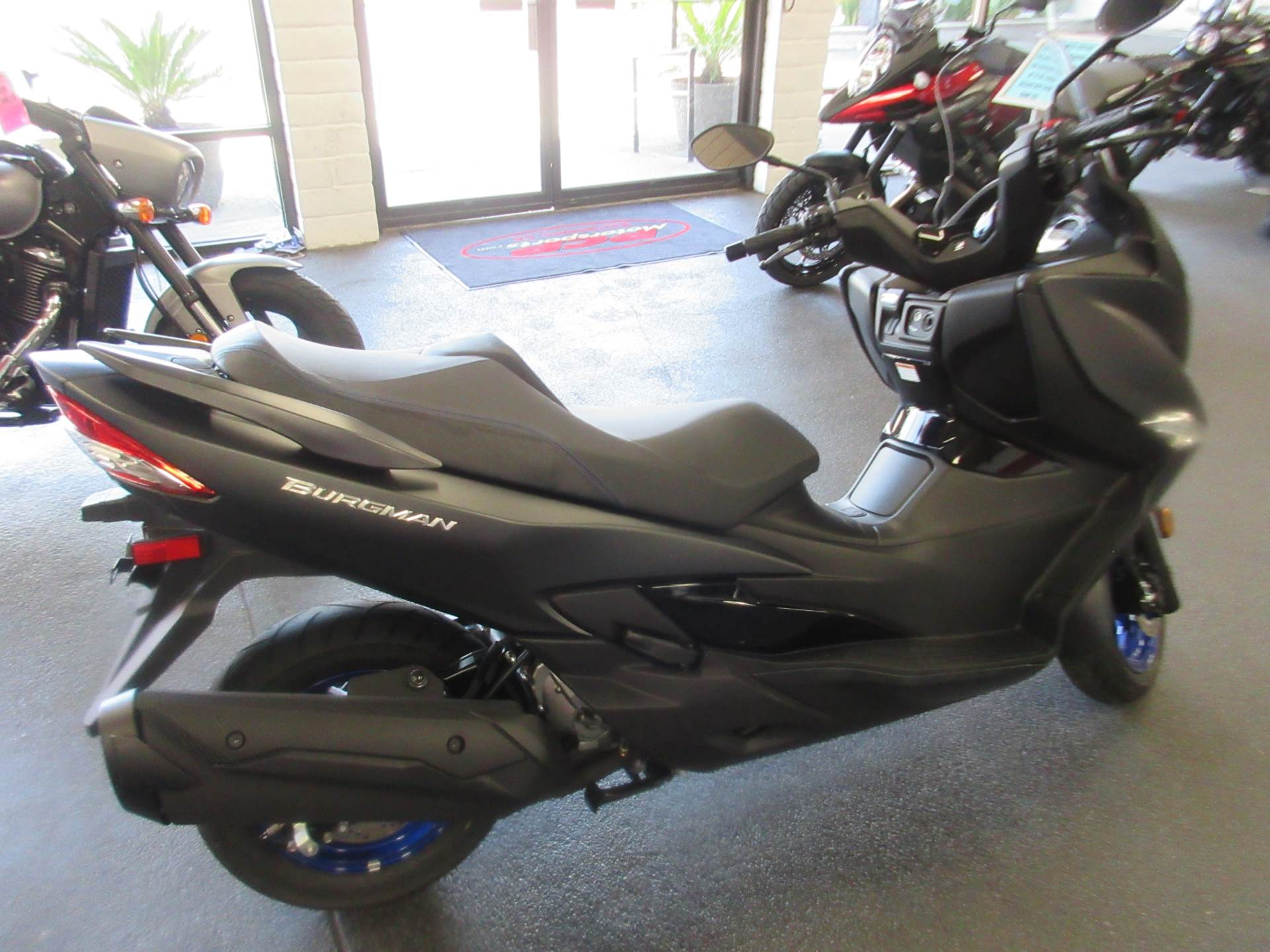 2020 Suzuki Burgman 400 in Sacramento, California - Photo 4