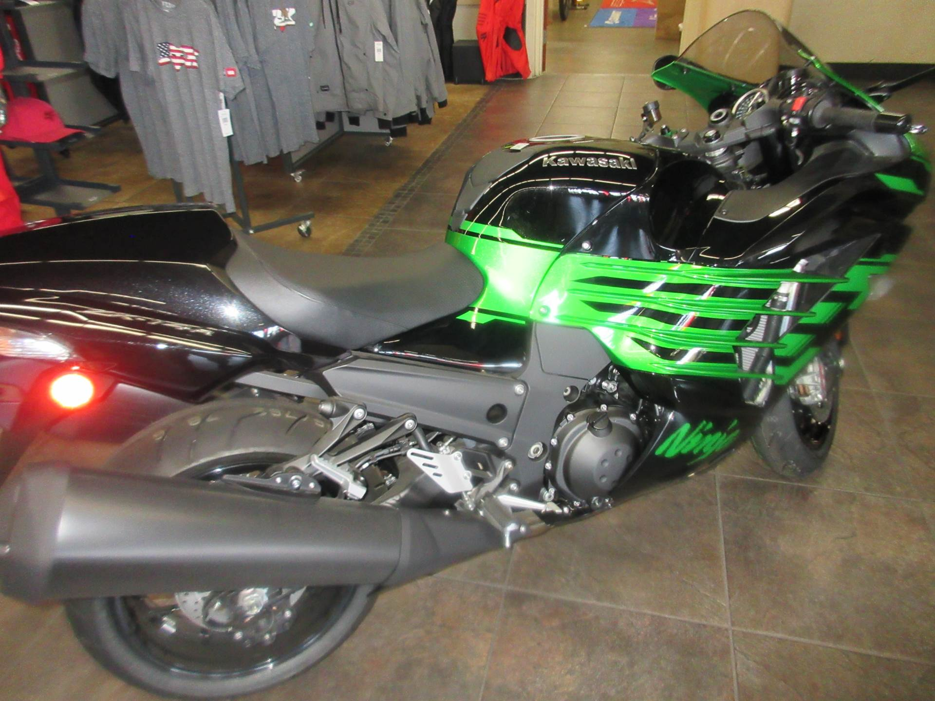 2020 Kawasaki Ninja ZX-14R ABS in Sacramento, California - Photo 4