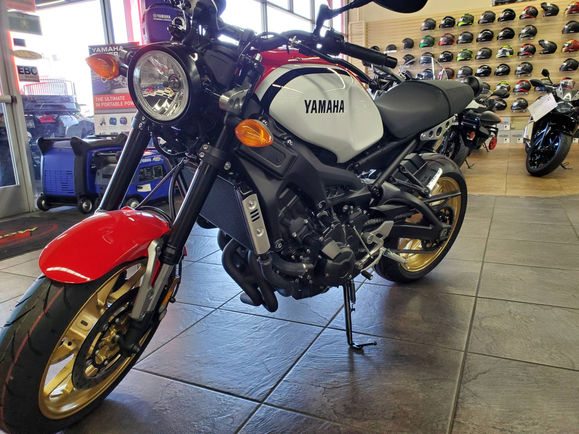 2020 Yamaha XSR900 in Sacramento, California - Photo 3