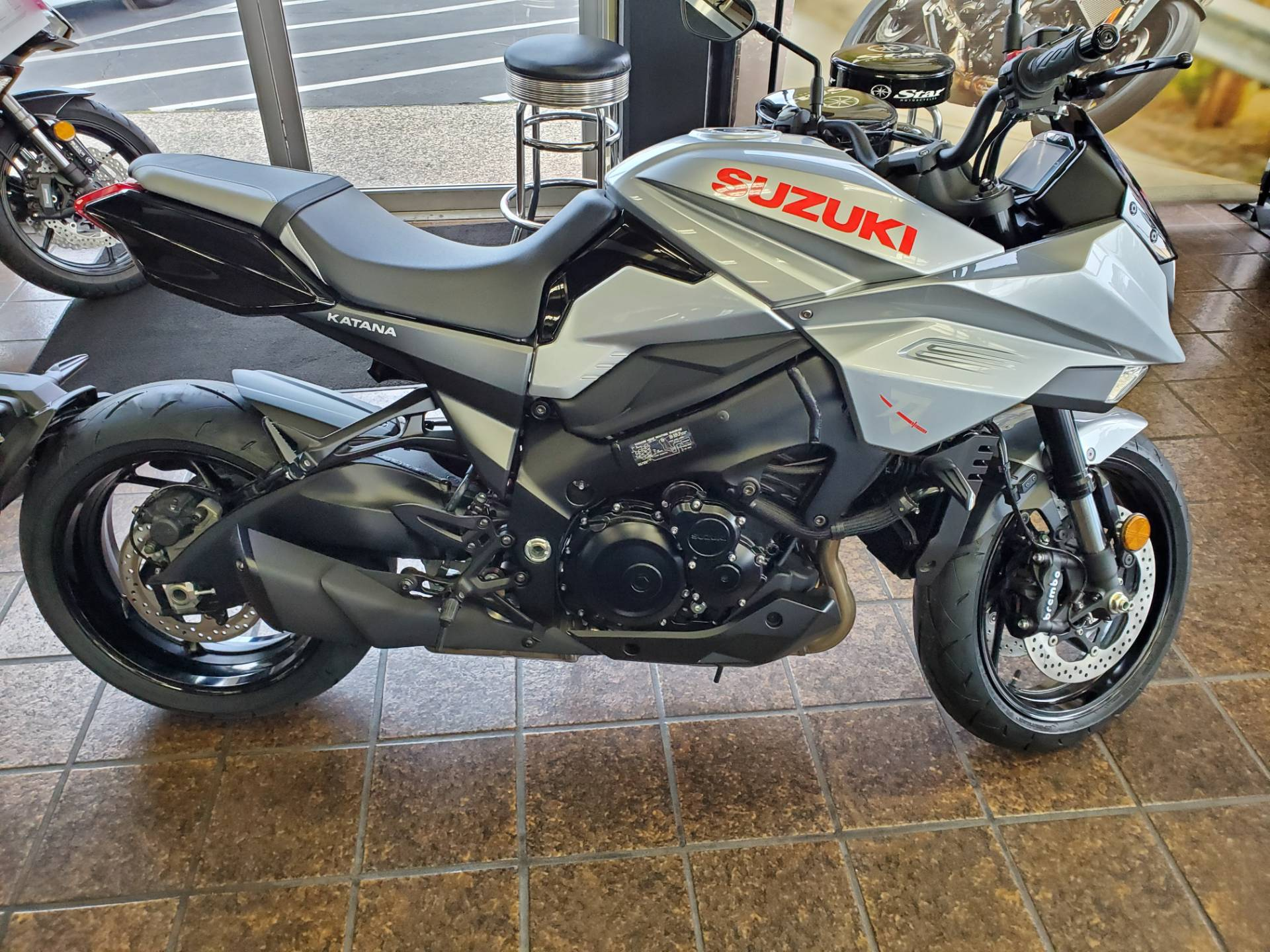 2020 Suzuki Katana in Sacramento, California - Photo 5