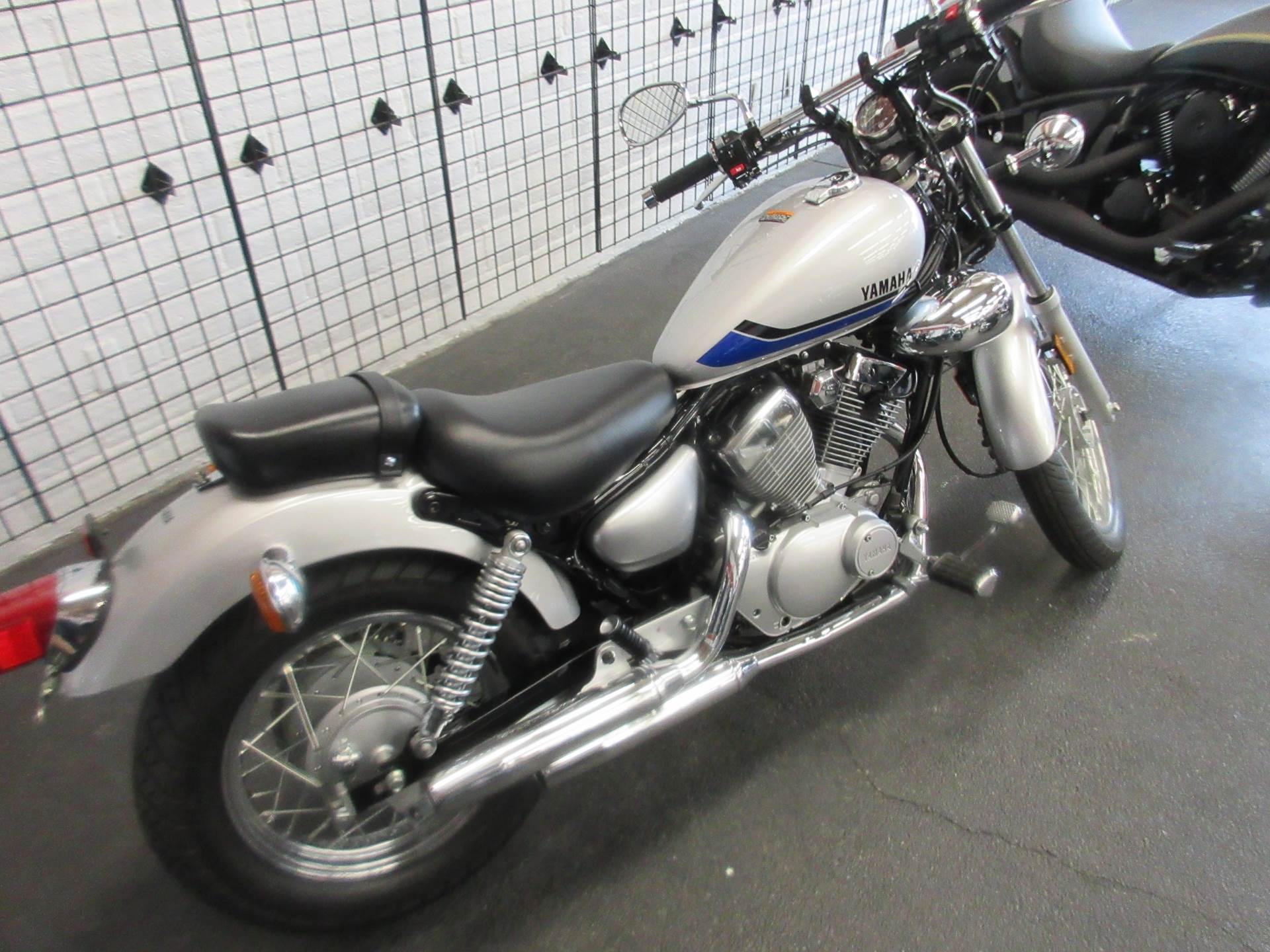 2020 Yamaha V Star 250 in Sacramento, California - Photo 4