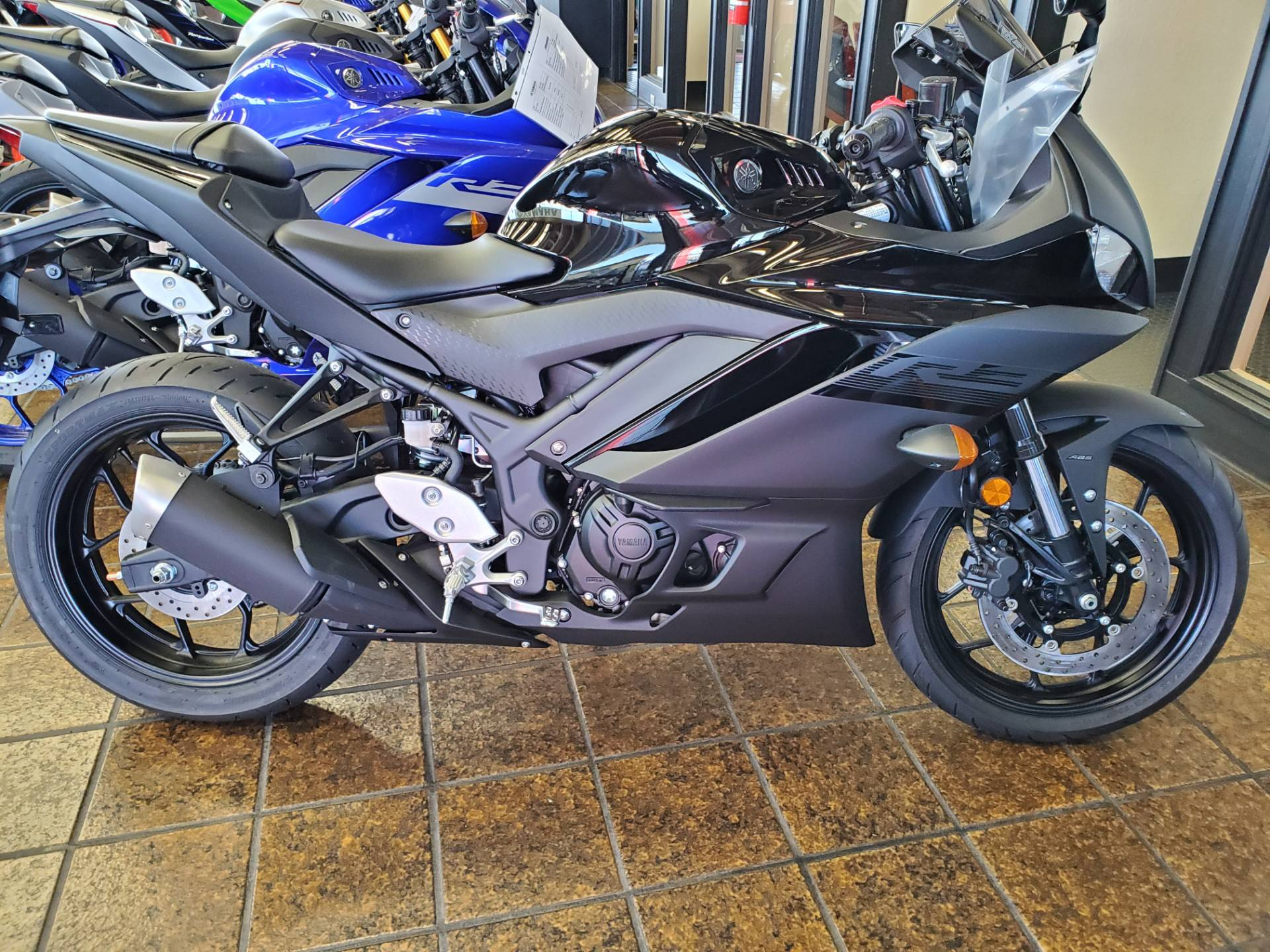 2020 Yamaha YZF-R3 ABS in Sacramento, California - Photo 5