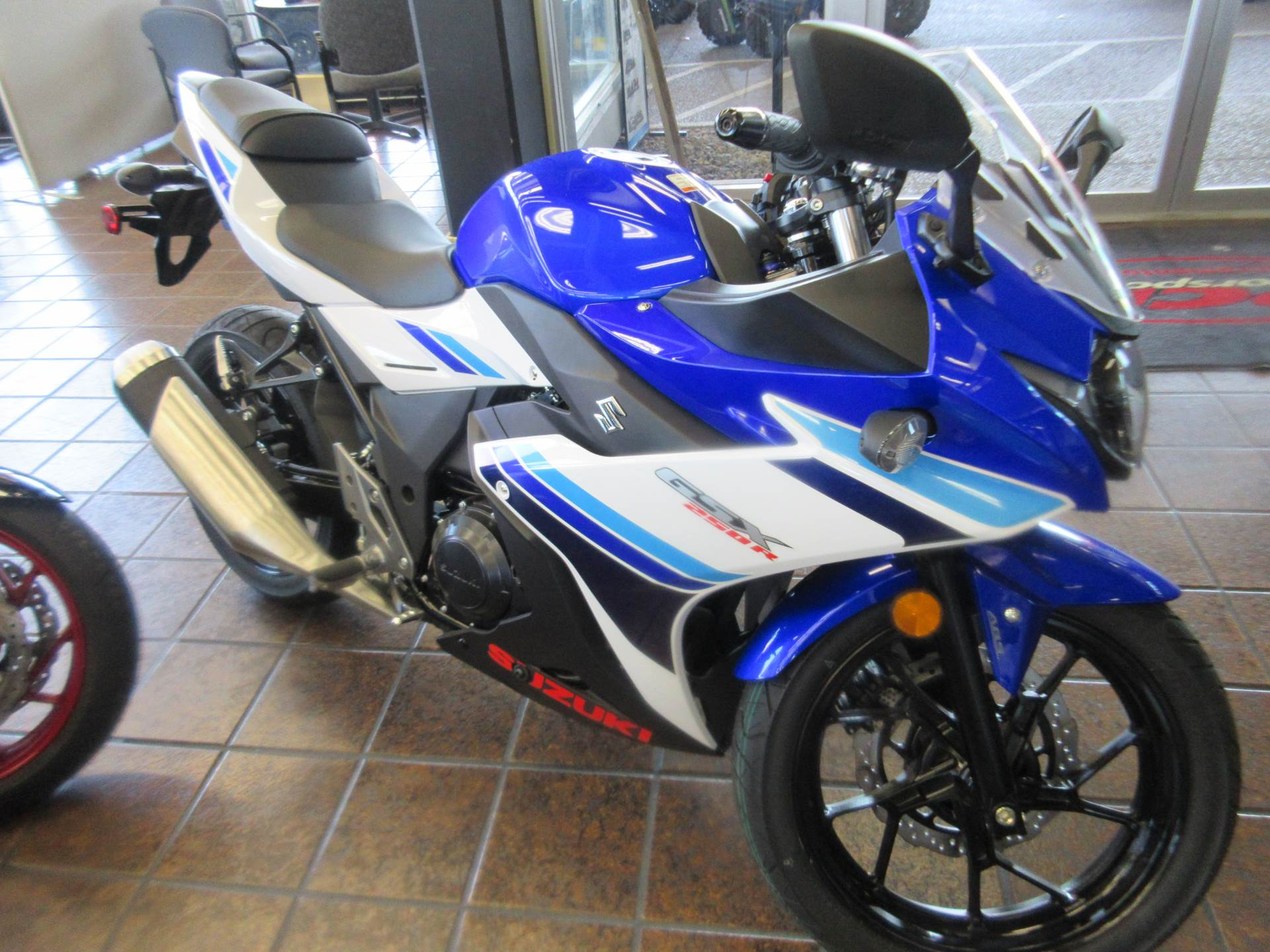 2019 Suzuki GSX250R ABS in Sacramento, California - Photo 6