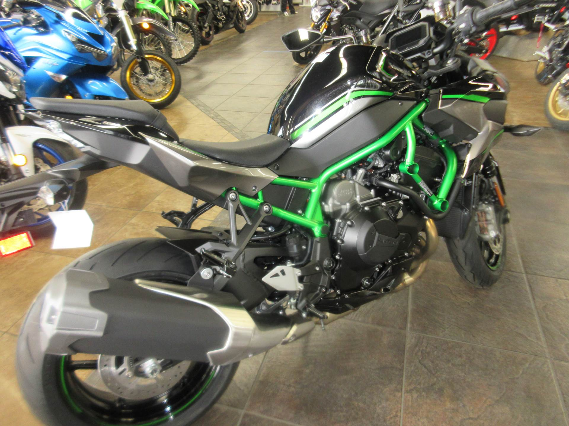 2020 Kawasaki Z H2 in Sacramento, California - Photo 4