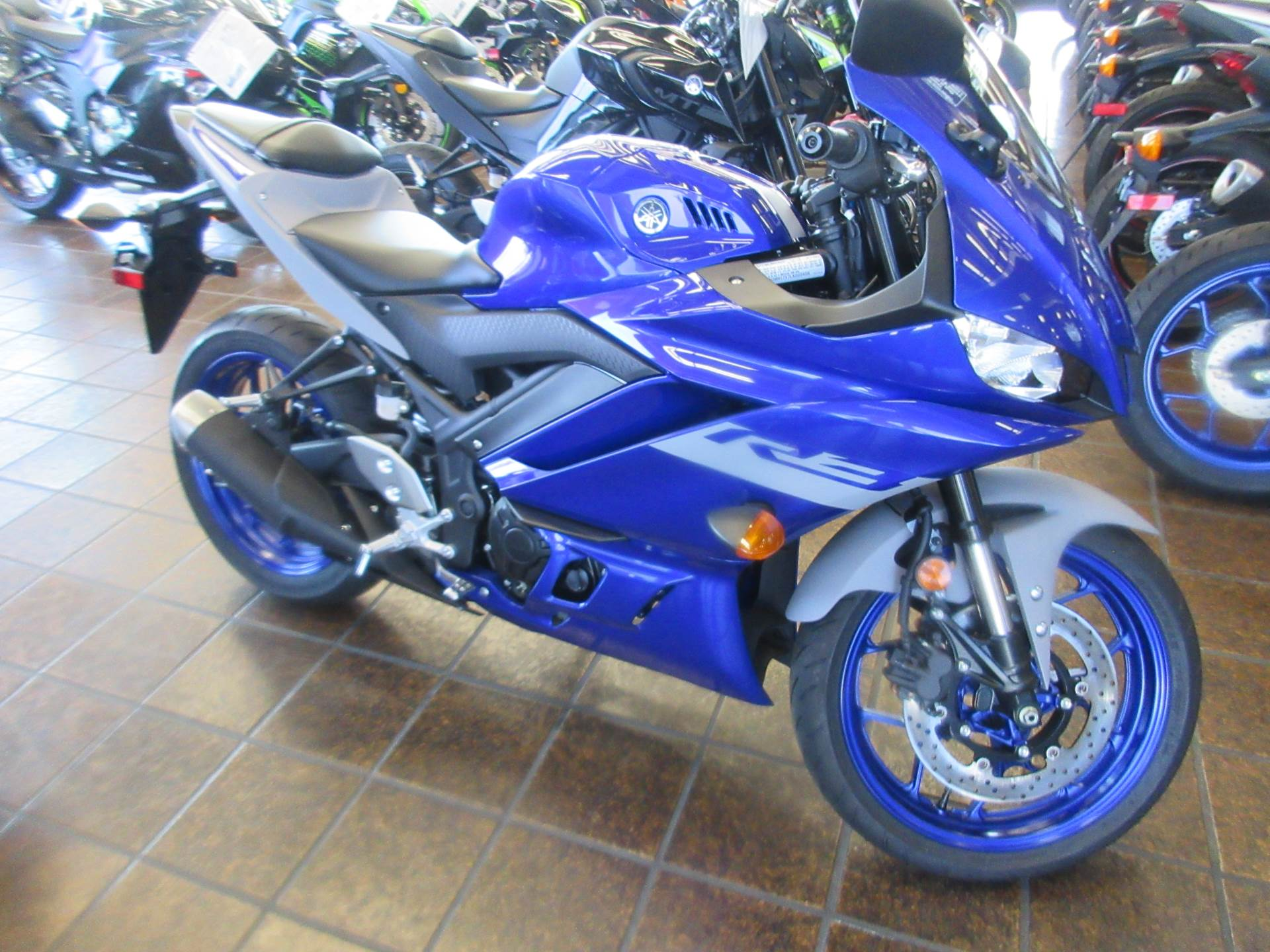 2020 Yamaha YZF-R3 ABS in Sacramento, California - Photo 6