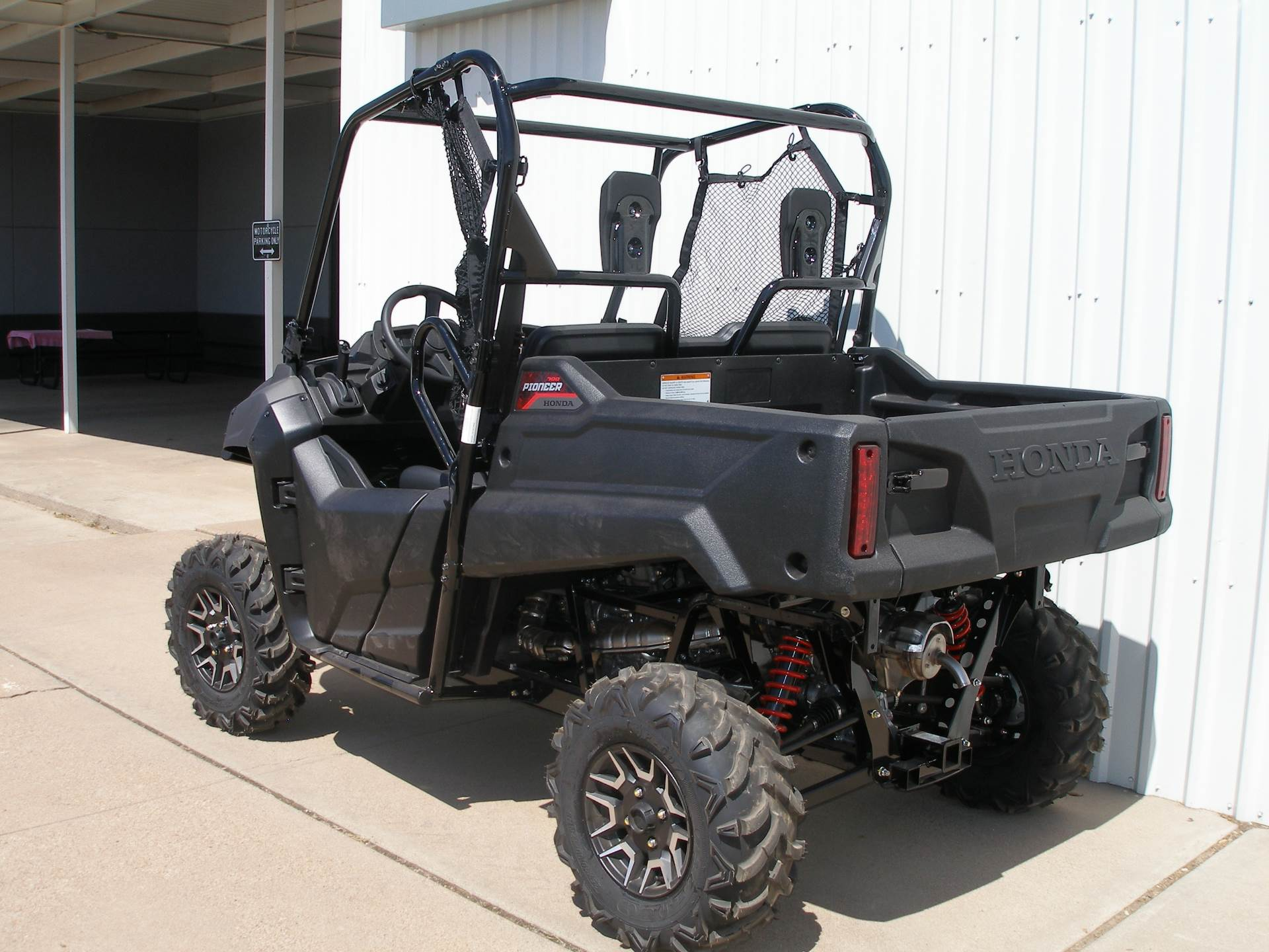 2018 Honda Pioneer 700 Deluxe in Abilene, Texas - Photo 3