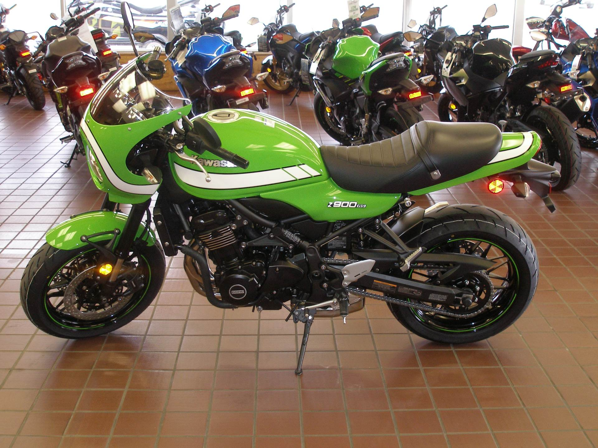 2018 Kawasaki Z900RS Cafe in Abilene, Texas - Photo 2