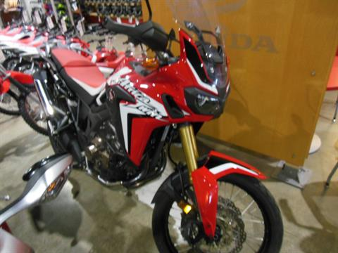 2016 Honda Africa Twin DCT in Brookhaven, Mississippi