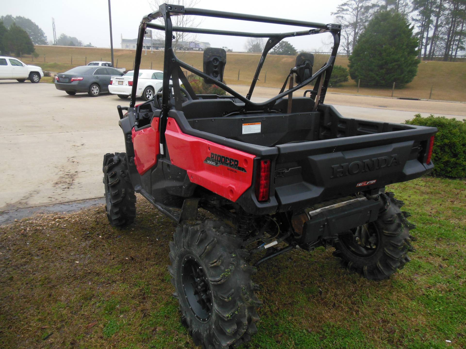 2018 Honda Pioneer 1000 EPS in Brookhaven, Mississippi - Photo 4