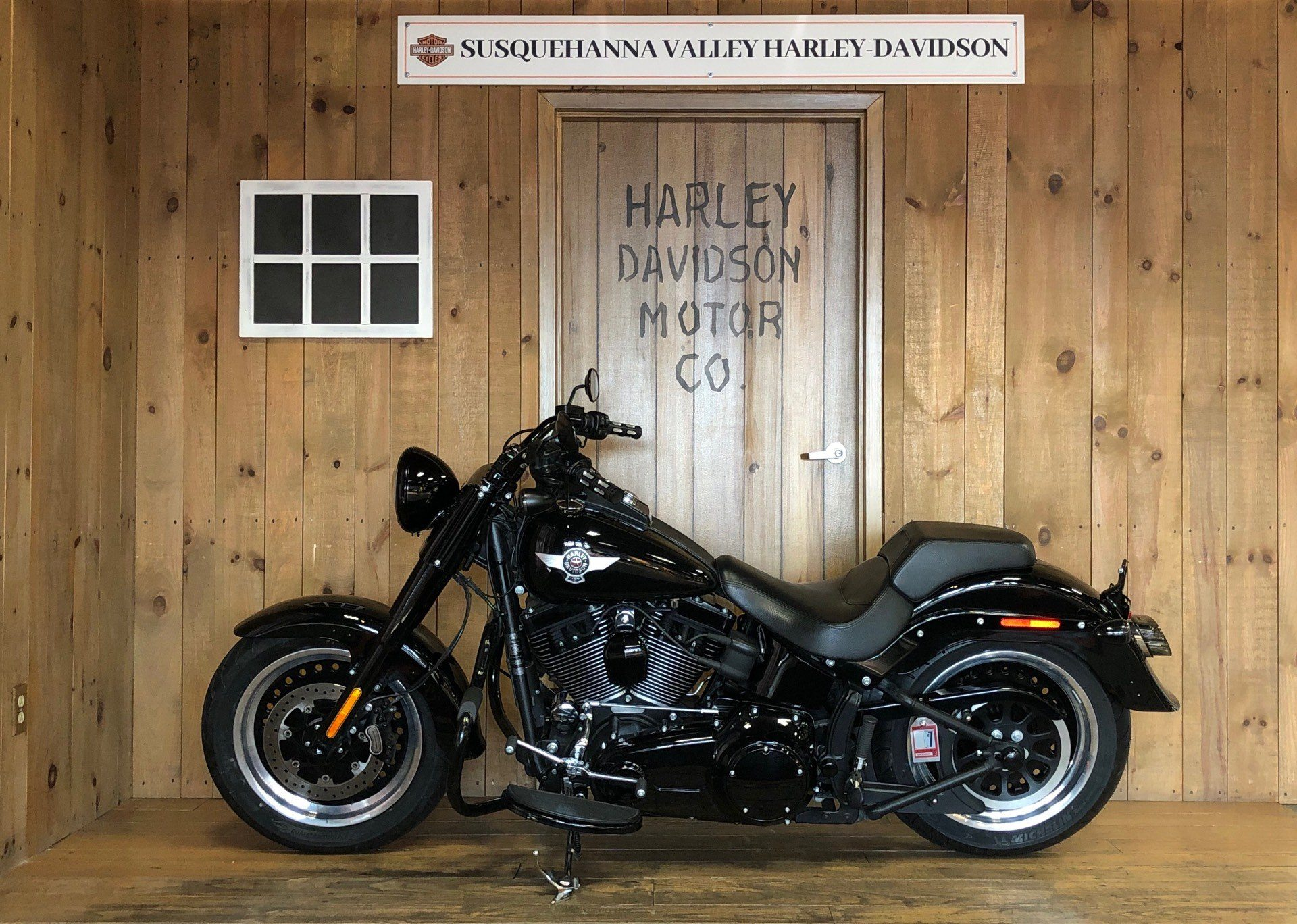2016 Harley-Davidson Fat Boy Lo w/ 110 Motor in Harrisburg, Pennsylvania - Photo 5