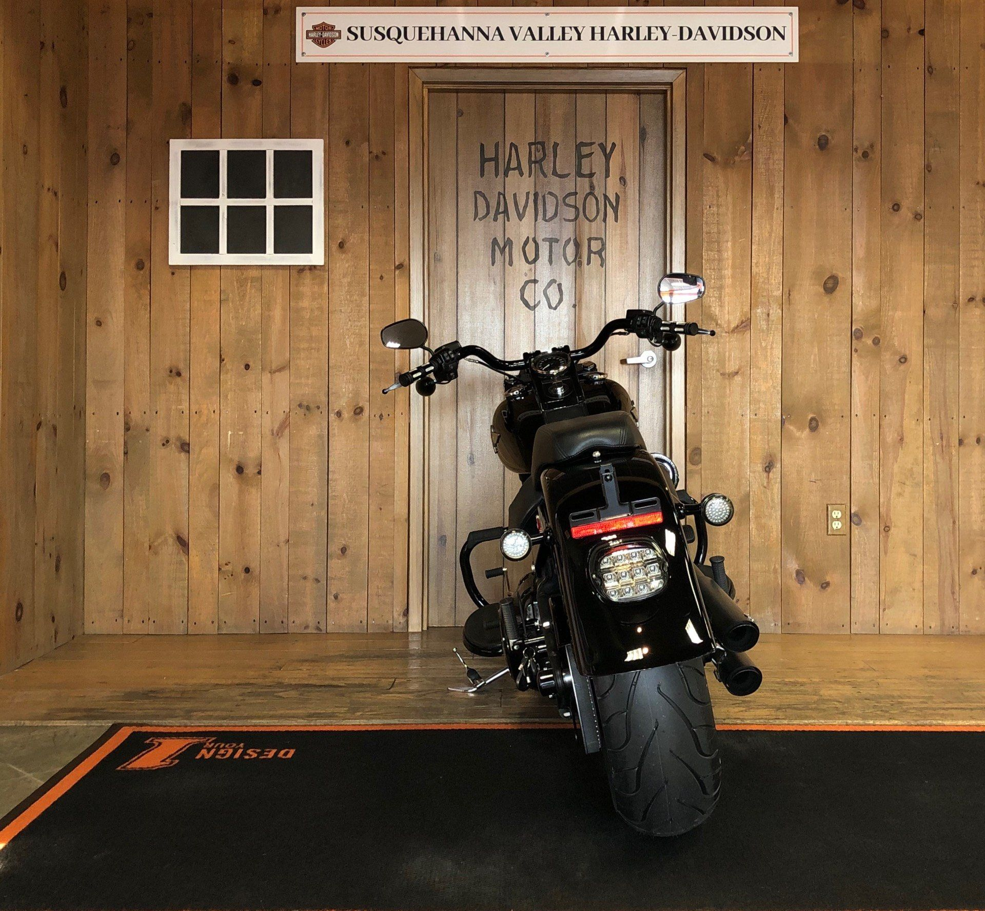 2016 Harley-Davidson Fat Boy Lo w/ 110 Motor in Harrisburg, Pennsylvania - Photo 8