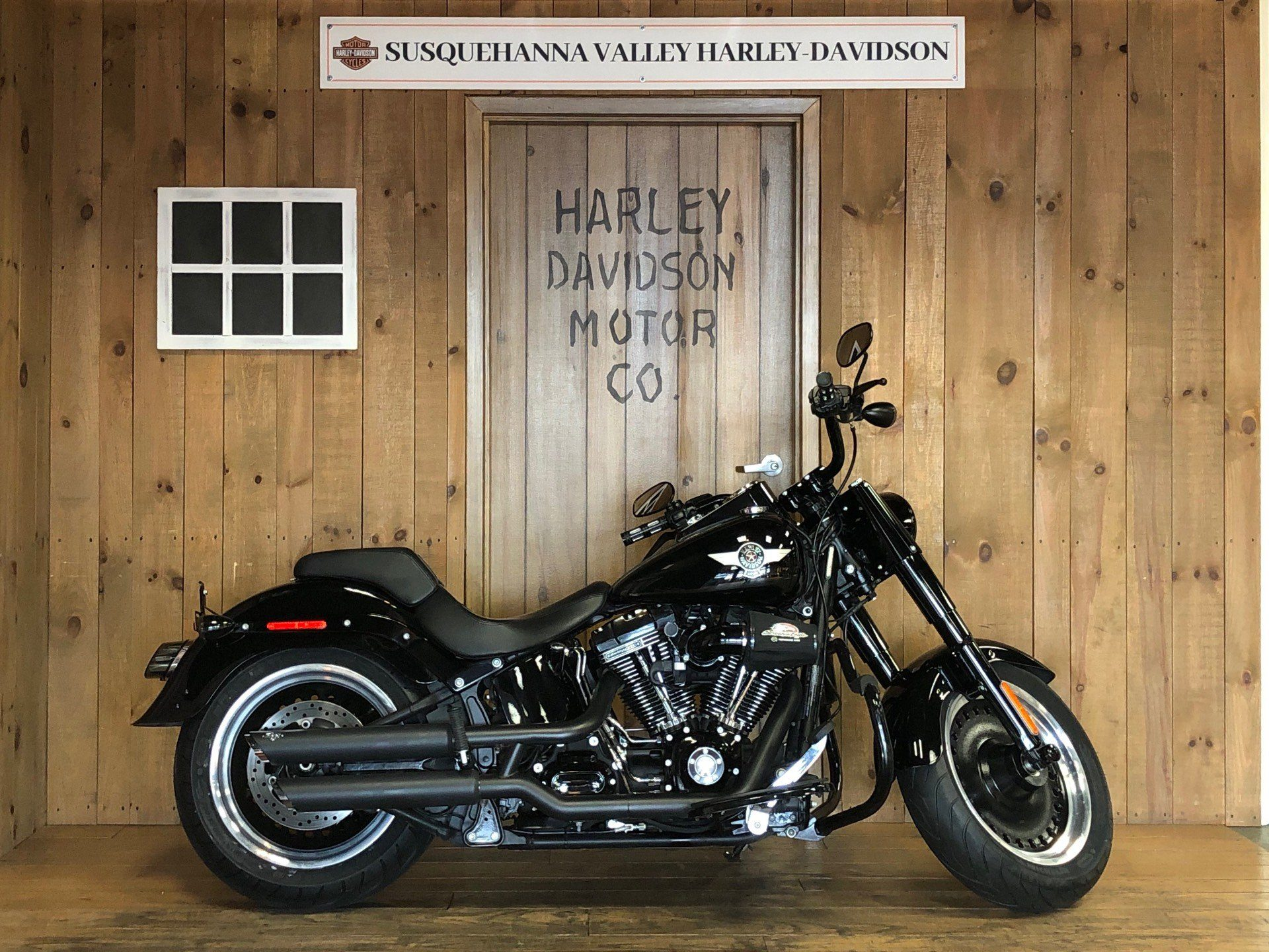 2016 Harley-Davidson Fat Boy Lo w/ 110 Motor in Harrisburg, Pennsylvania - Photo 1