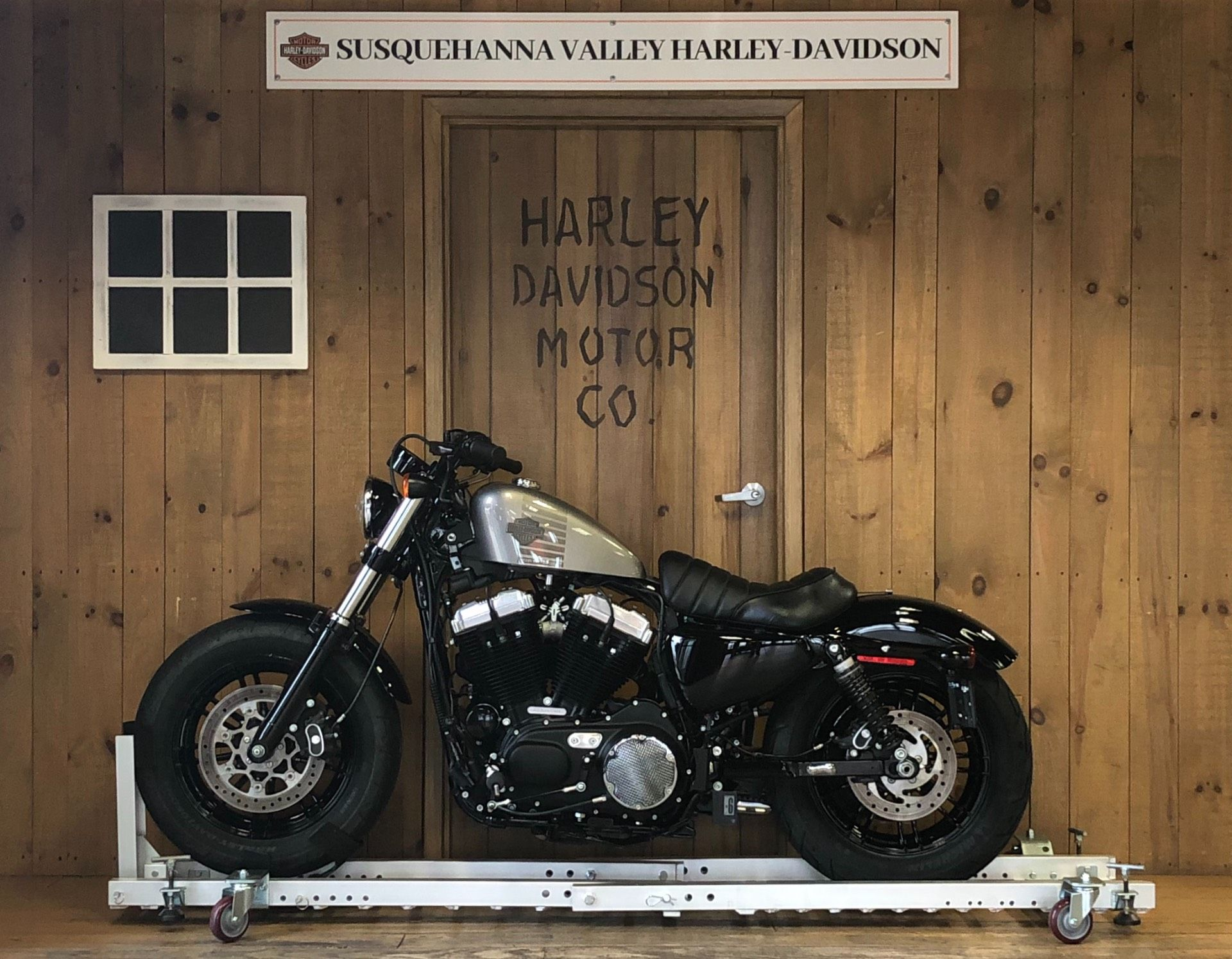 2016 Harley-Davidson Sportster Forty-Eight in Harrisburg, Pennsylvania - Photo 2