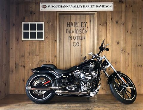 2016 Harley-Davidson Breakout® in Harrisburg, Pennsylvania - Photo 1