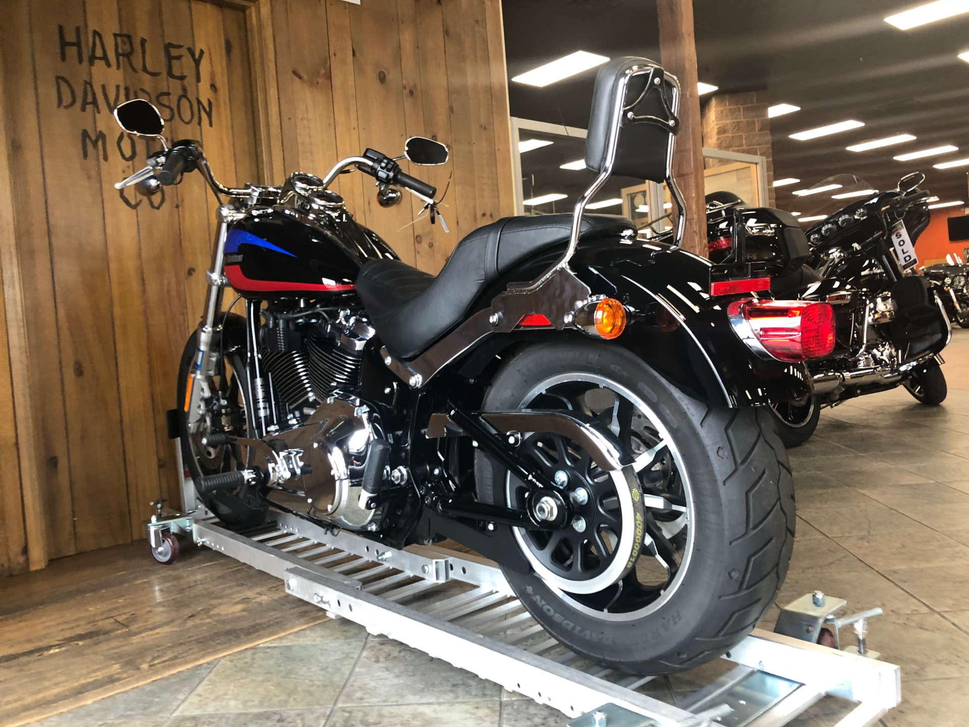2019 Harley-Davidson Low Rider in Harrisburg, Pennsylvania - Photo 4