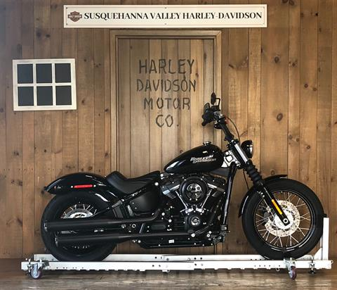 2019 Harley-Davidson Street Bob in Harrisburg, Pennsylvania - Photo 1