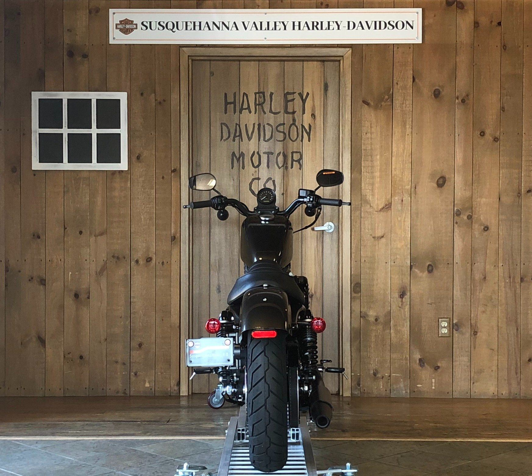 2020 Harley-Davidson Sportster Iron 883 in Harrisburg, Pennsylvania - Photo 4