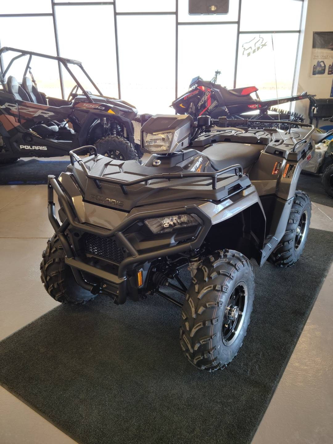 2021 Polaris Sportsman 570 Premium in Mountain View, Wyoming - Photo 2