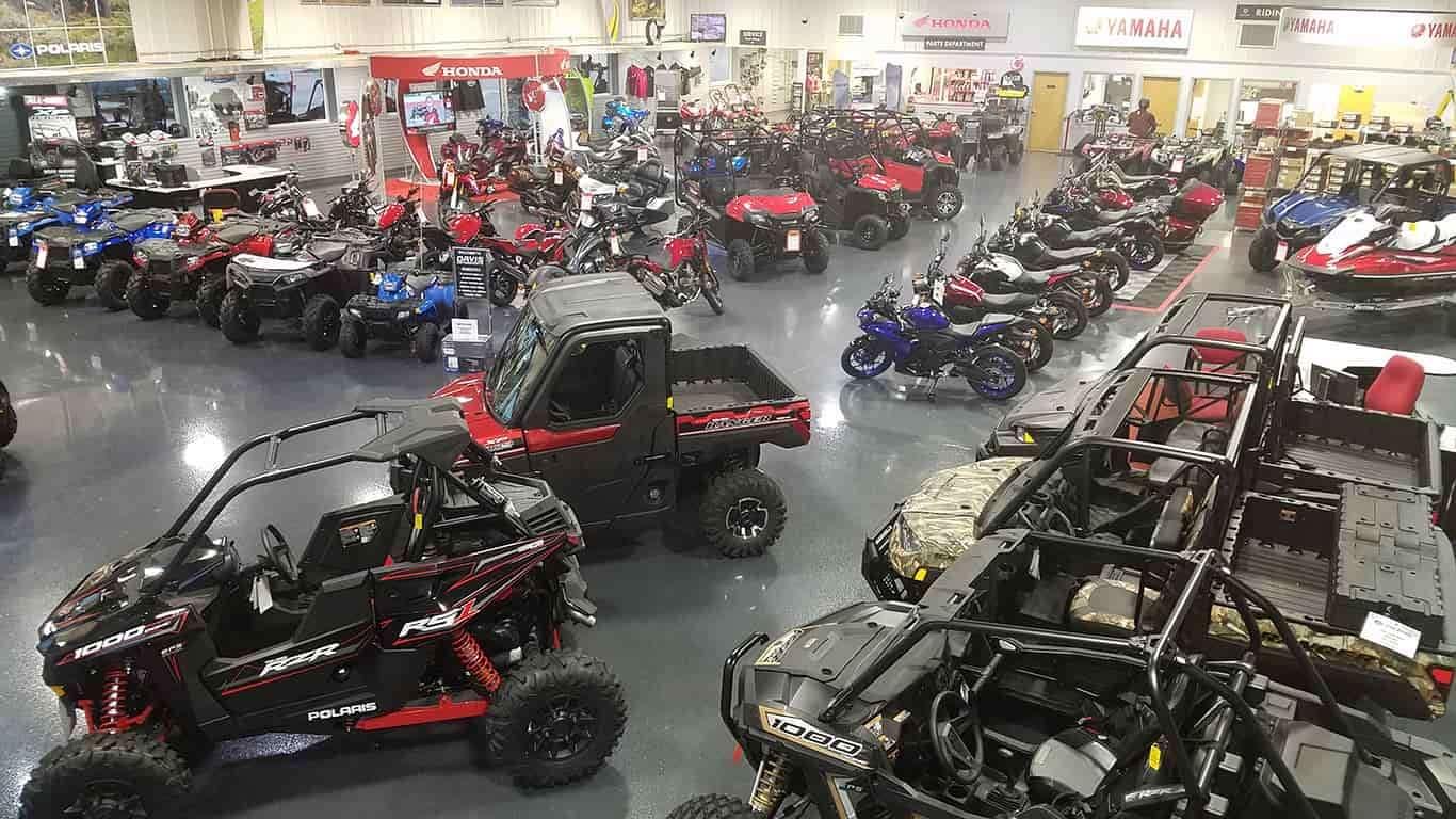 Davis Motorsports of Delano | Dealership Floor 4