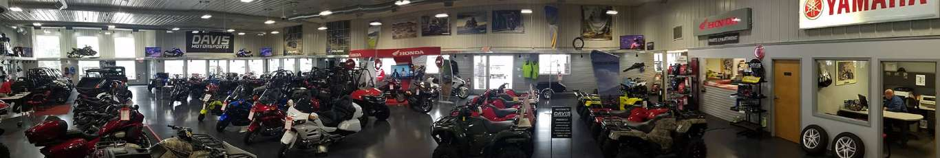 Davis Motorsports of Delano | Dealership Floor 1
