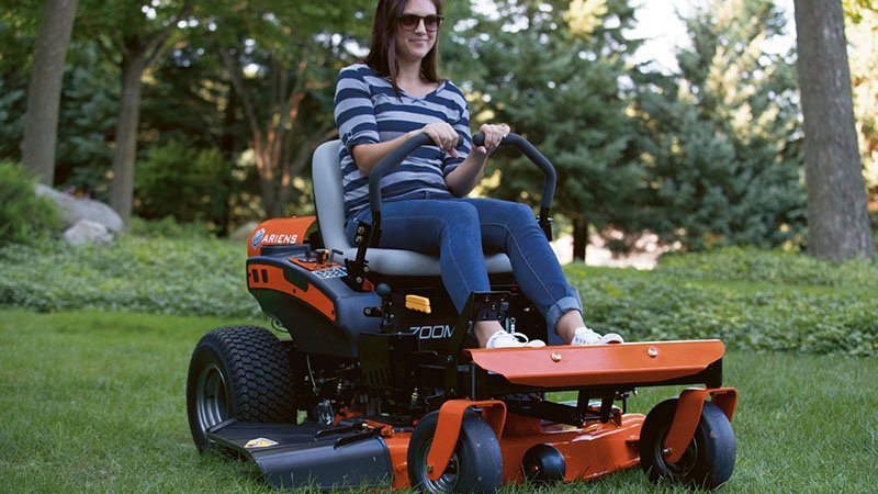 2017 Ariens Zoom 50 in Calmar, Iowa