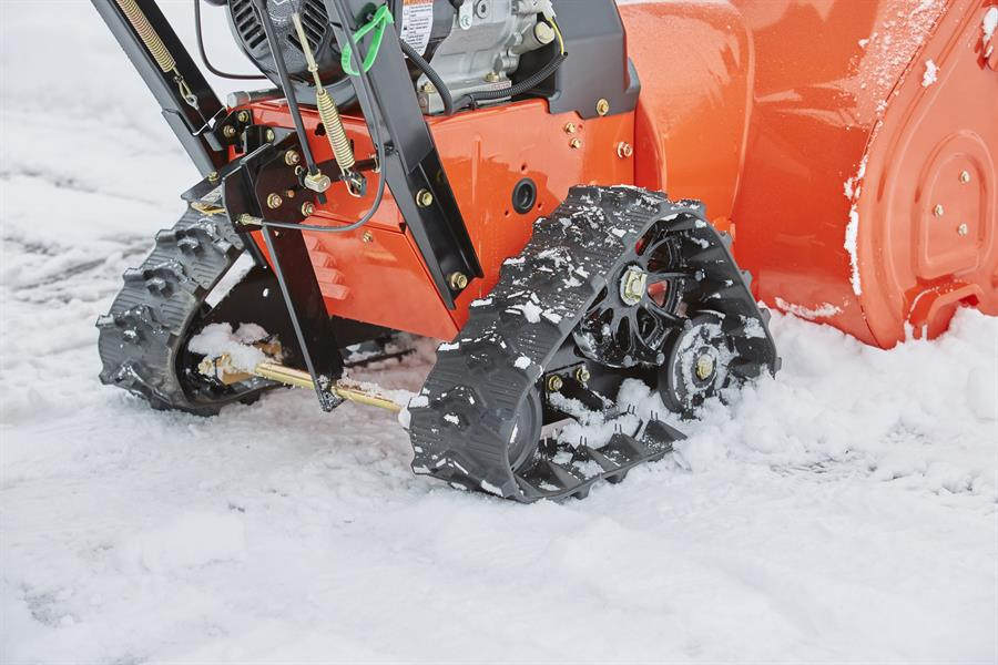 2017 Ariens Platinum SHO Track 28 in Rushford, Minnesota
