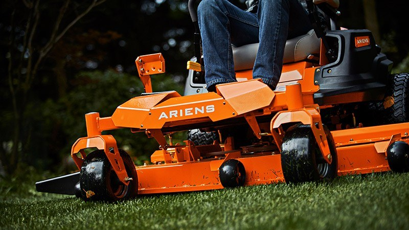 2018 Ariens Ikon XL 42 in Francis Creek, Wisconsin